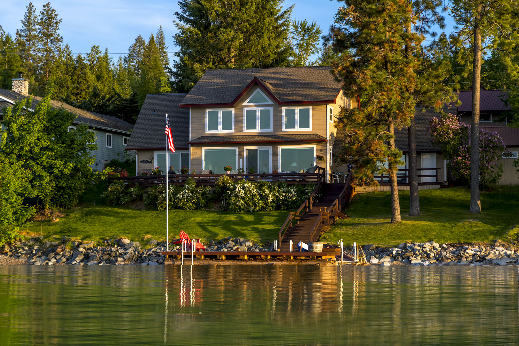 Property For Sale at Waterfront on Pend Oreille River
