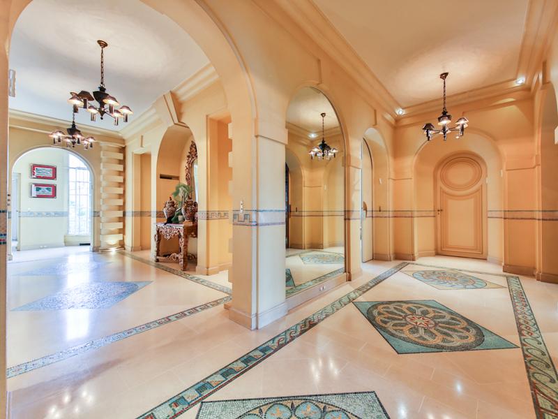 Appartement pour l Vente à Sublime Apartment - Prony avenue de wagram Paris, Paris 75017 France