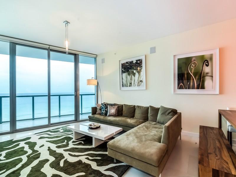 Eigentumswohnung für Verkauf beim 17001 Collins ave #805 Sunny Isles, Florida 33160 Vereinigte Staaten