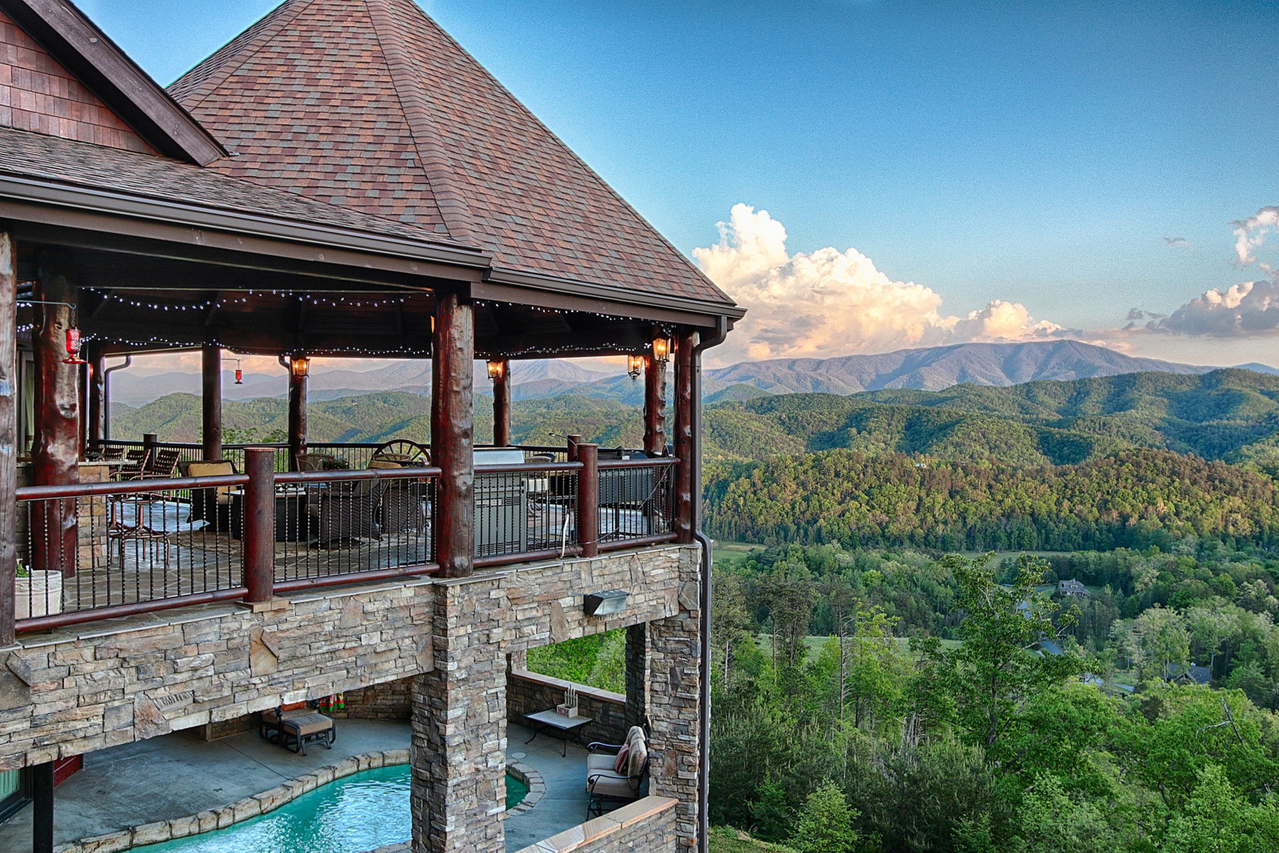 sales property at Luxury Mountain Living