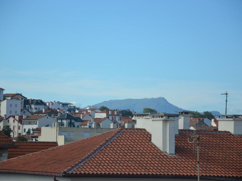 Apartamento por un Venta en Biarritz Saint Charles Biarritz, Aquitania 64200 Francia