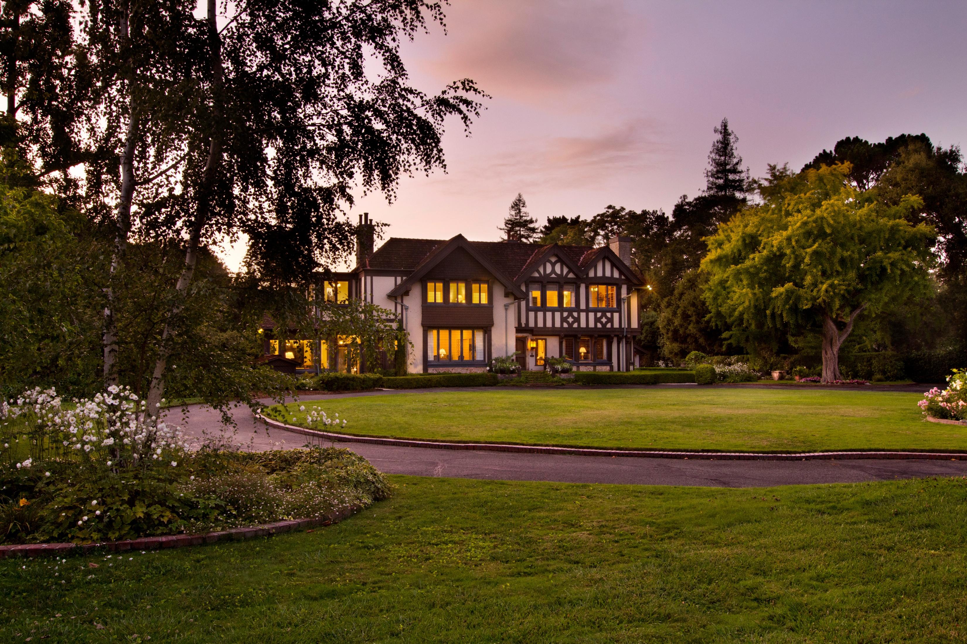 Μονοκατοικία για την Πώληση στο 2-Acre West Atherton Estate 120 Selby Ln Atherton, Καλιφορνια 94027 Ηνωμενεσ Πολιτειεσ