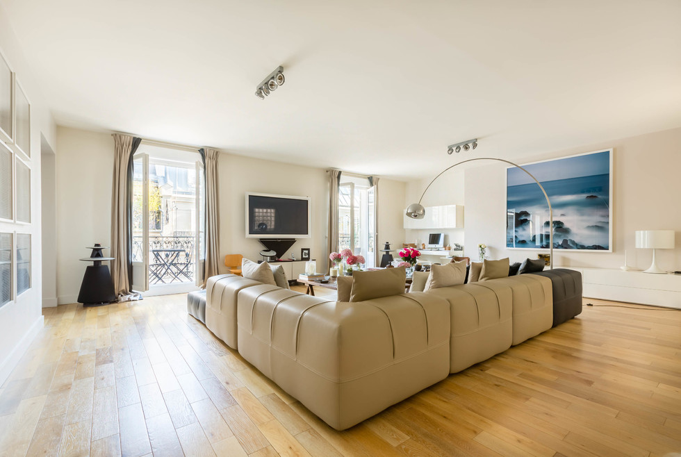 Property For Sale at 75017 - Parc Monceau