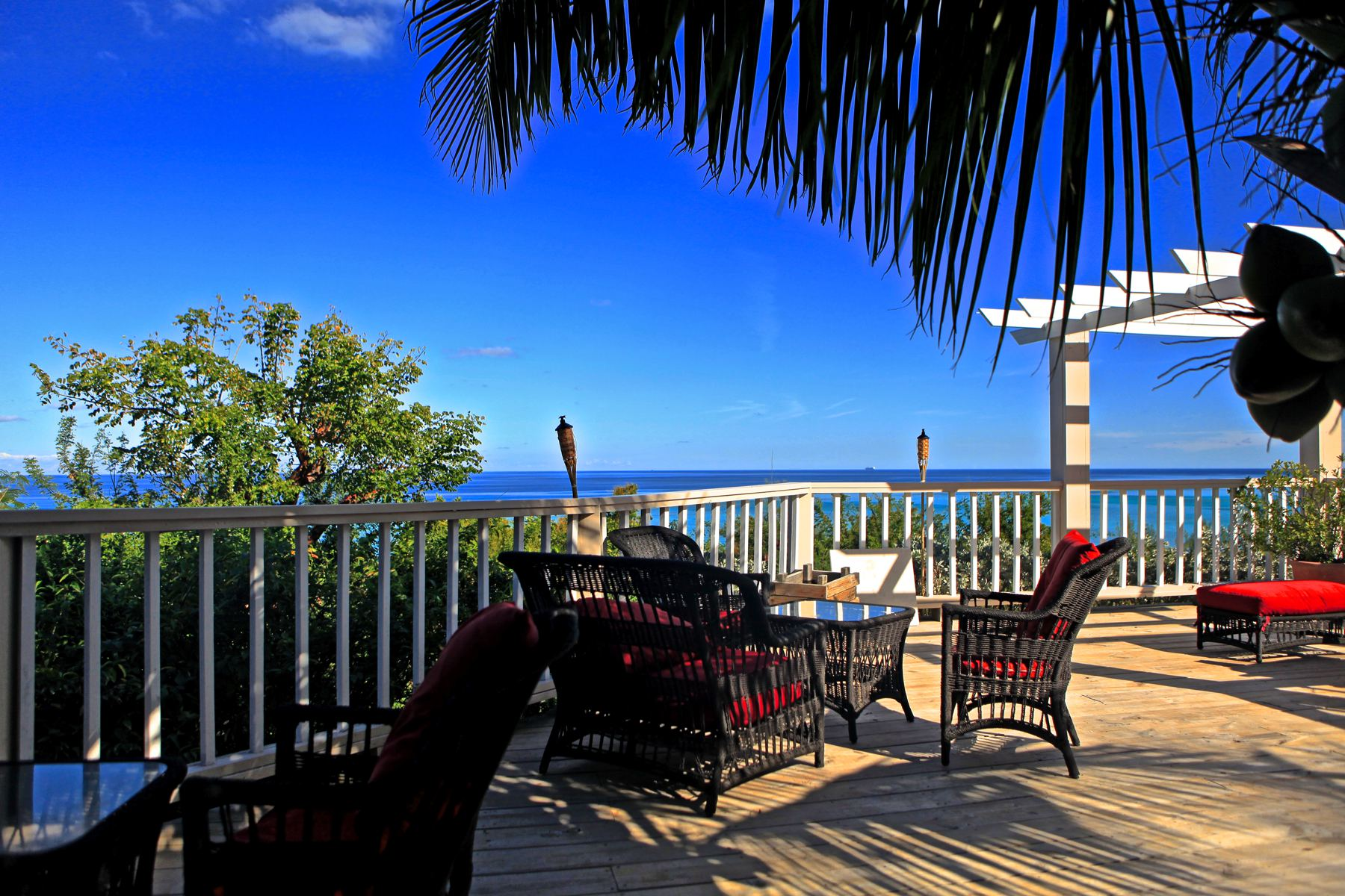 Nhà nghỉ Bed & Breakfast vì Bán tại Hotel in Western Area of New Providence A Stone's Throw Away Western Area West Bay Street, New Providence/Nassau 0 Bahamas