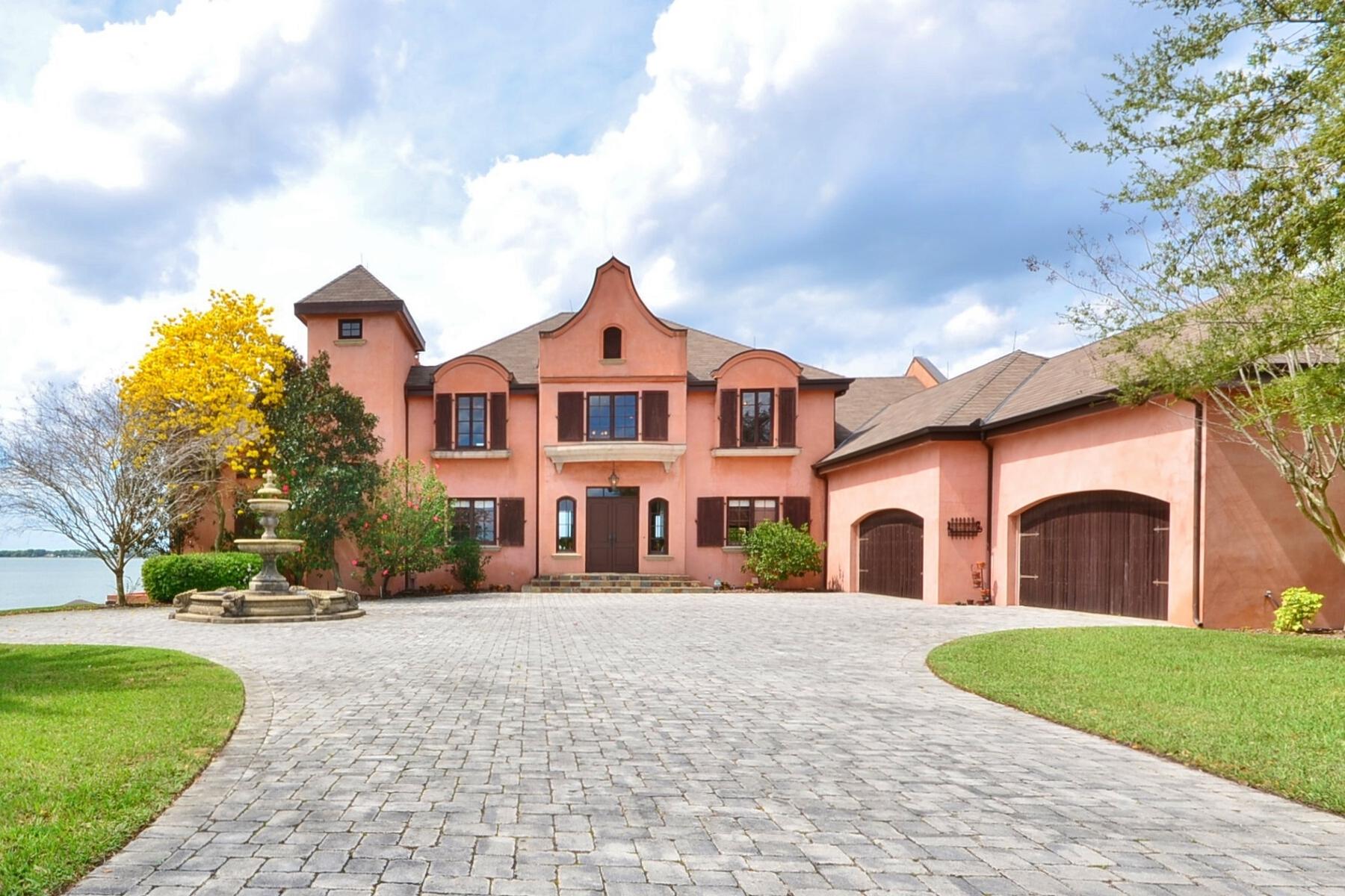 Property For Sale at Eagle Lake, Florida