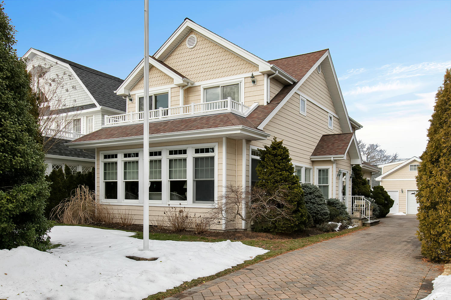 Single Family Home for Sale at Custom Sea Girt Beach House! 315 New York Boulevard Sea Girt, New Jersey 08750 United States