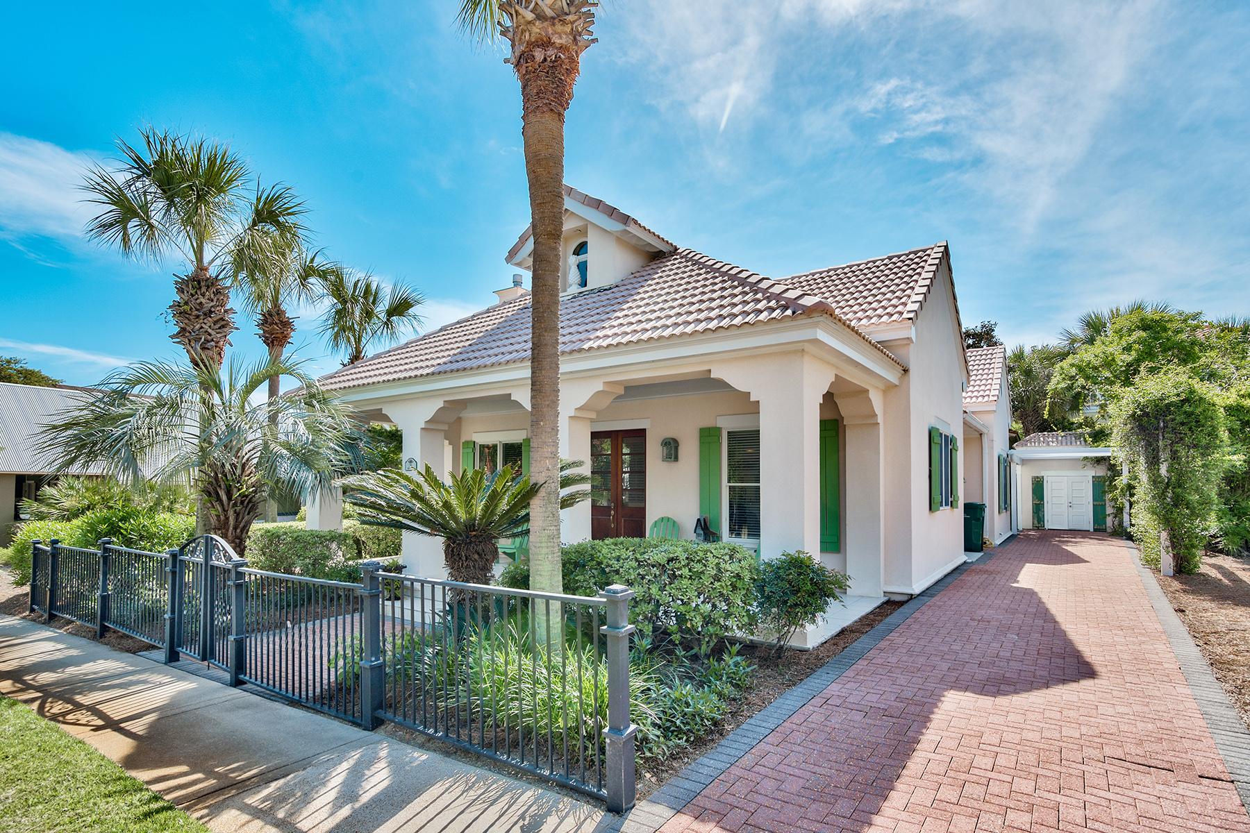 Maison unifamiliale pour l Vente à CARIBBEAN STYLE COTTAGE JUST A STROLL FROM THE BEACH 76 Rue Caribe Miramar Beach, Florida, 32550 États-Unis