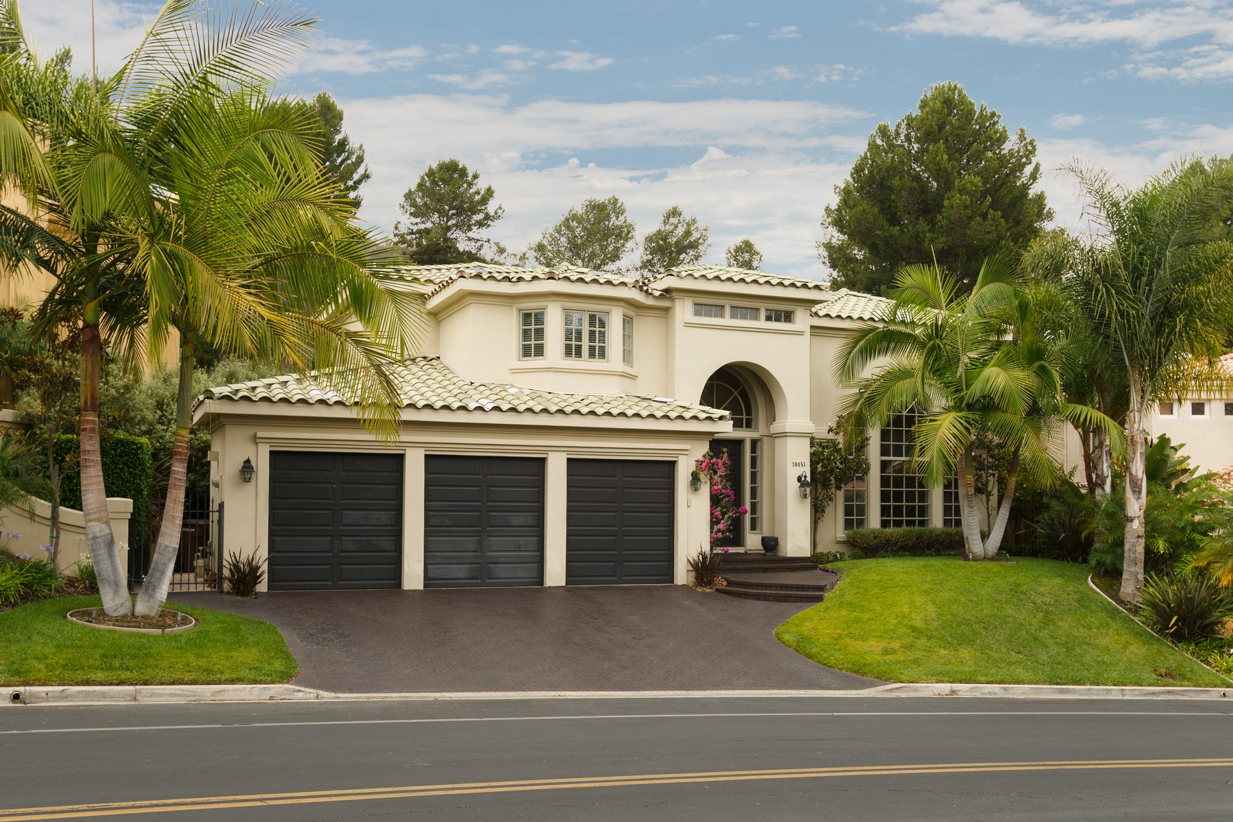 Single Family Home for Sale at 30451 Marbella Vista San Juan Capistrano, California 92675 United States