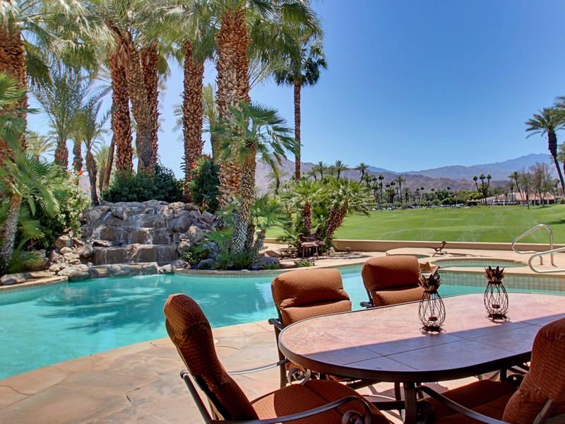 Einfamilienhaus für Verkauf beim 44836 Santa Rosa Court Indian Wells, Kalifornien 92210 Vereinigte Staaten