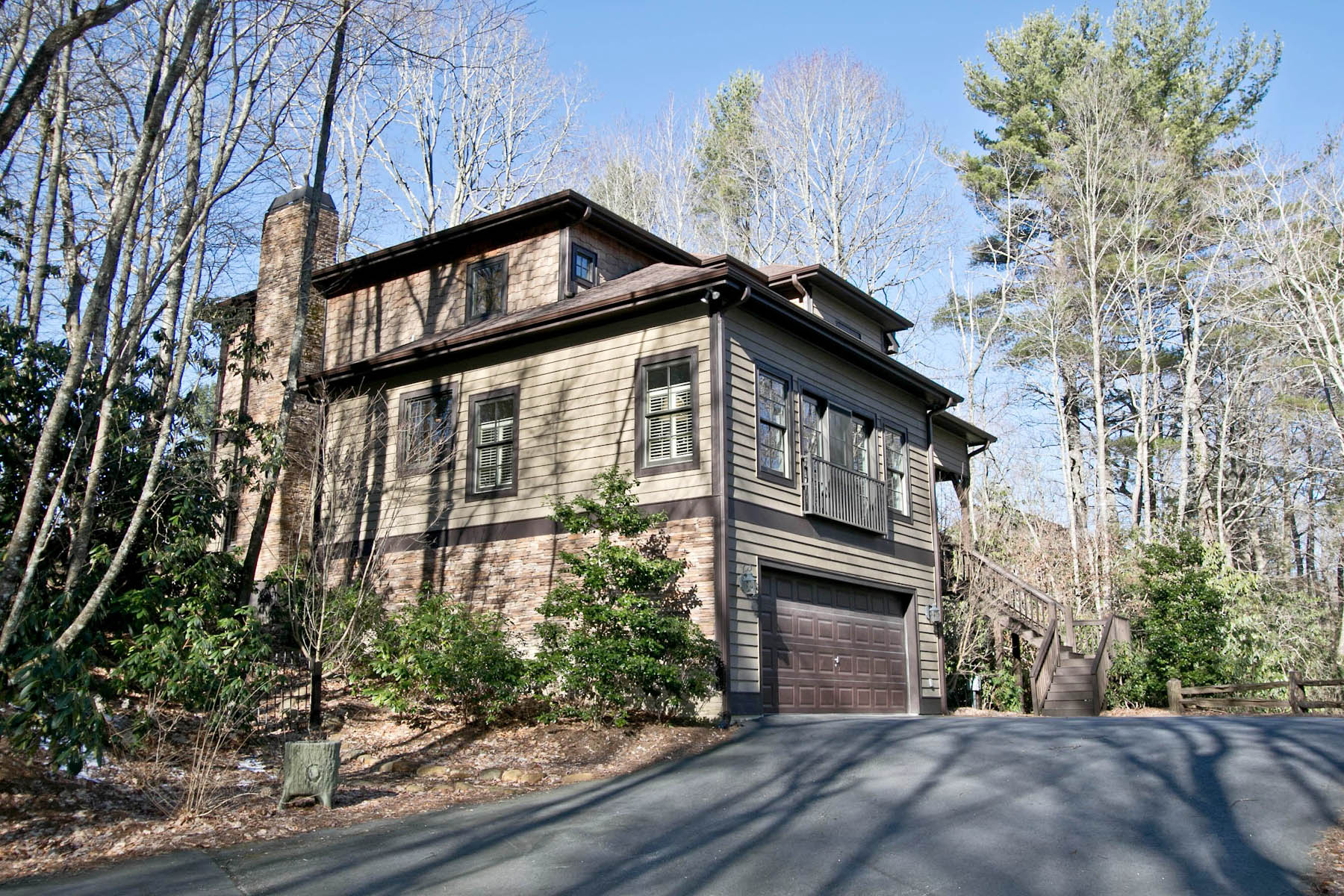 Single Family Home for Sale at 44 Bee Tree Lane Highlands, North Carolina, 28741 United States