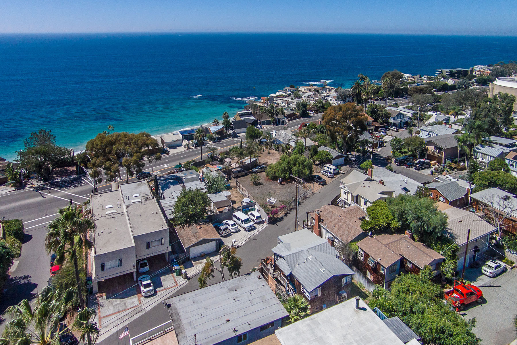 Single Family Home for Sale at 31942 Coast Highway Laguna Beach, California 92651 United States