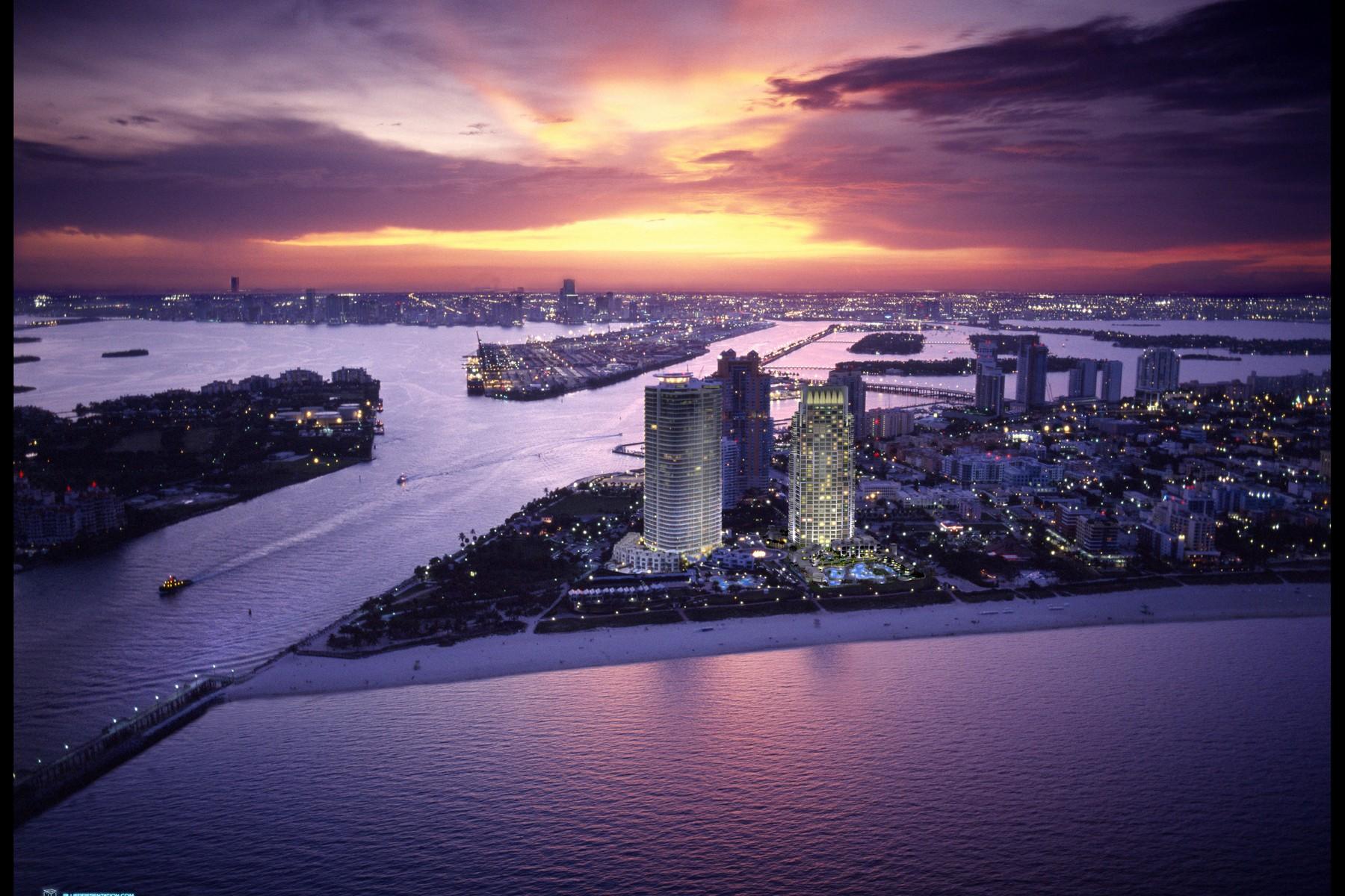 Appartement en copropriété pour l Location à Continuum On South Beach 100 S Pointe Dr #2404 Miami, Florida 33139 États-Unis