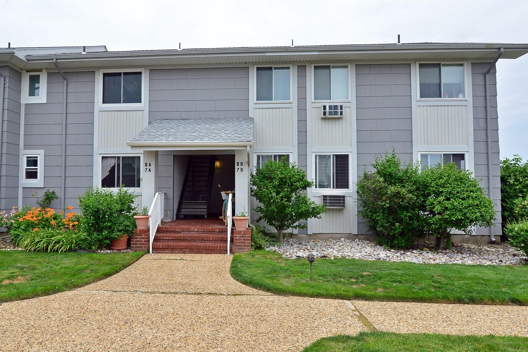 獨棟家庭住宅 為 出售 在 Sands Point South 51-8 B Valentine St Monmouth Beach, 新澤西州 07750 美國