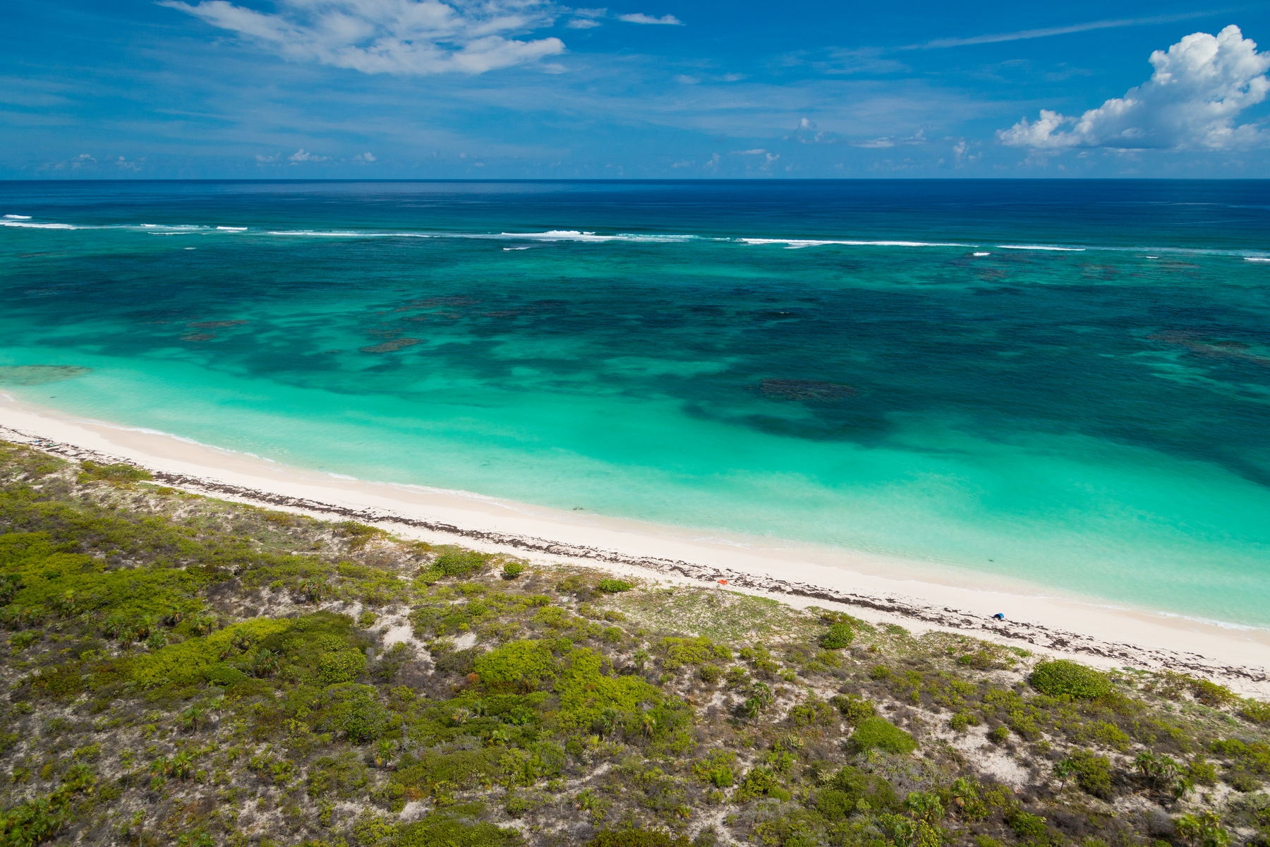 Additional photo for property listing at EAST CAICOS BLOCK 30200 1B BEACHFRONT INVESTMENT OPPORTUNITY East Caicos, East Caicos TCI BWI Îles Turques Et Caïques