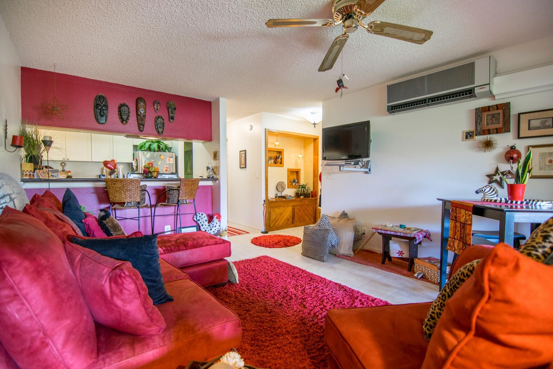 Кооперативная квартира для того Продажа на One Bedroom Oasis In The Heart of Kihei 1450 South Kihei Road, Maui Gardens A-205 Kihei, Гавайи, 96753 Соединенные Штаты