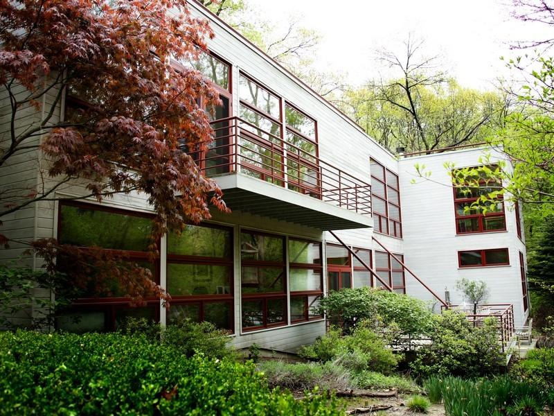 Casa para uma família para Venda às Wildwood Drive 5002 Wildwood Drive Bridgman, Michigan 49106 Estados Unidos