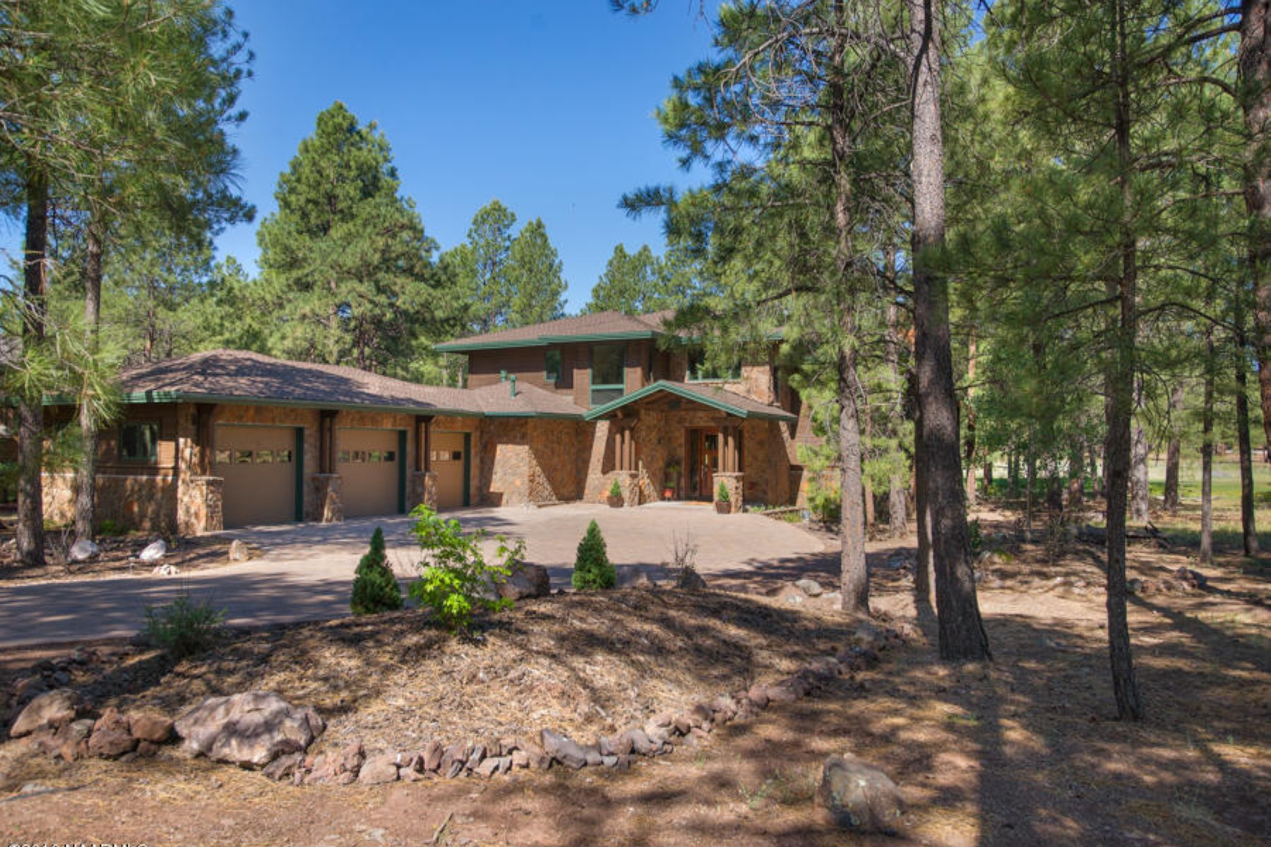 Maison unifamiliale pour l Vente à Lovely home on the popular 14th fairway of The Meadow course in Forest Highlands 1780-Fh727 Bessie Kidd Best Flagstaff, Arizona, 86005 États-Unis