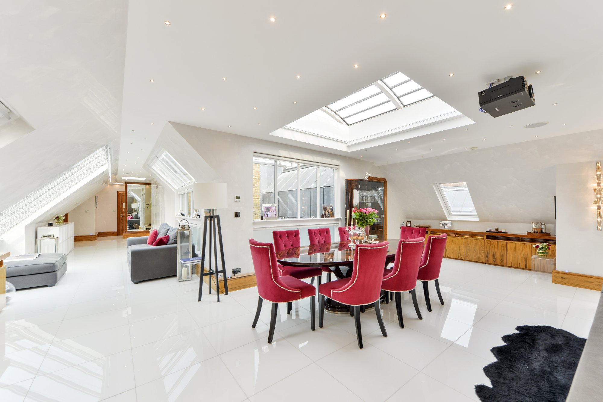 Apartment for Sale at Drayton Court London, England, United Kingdom
