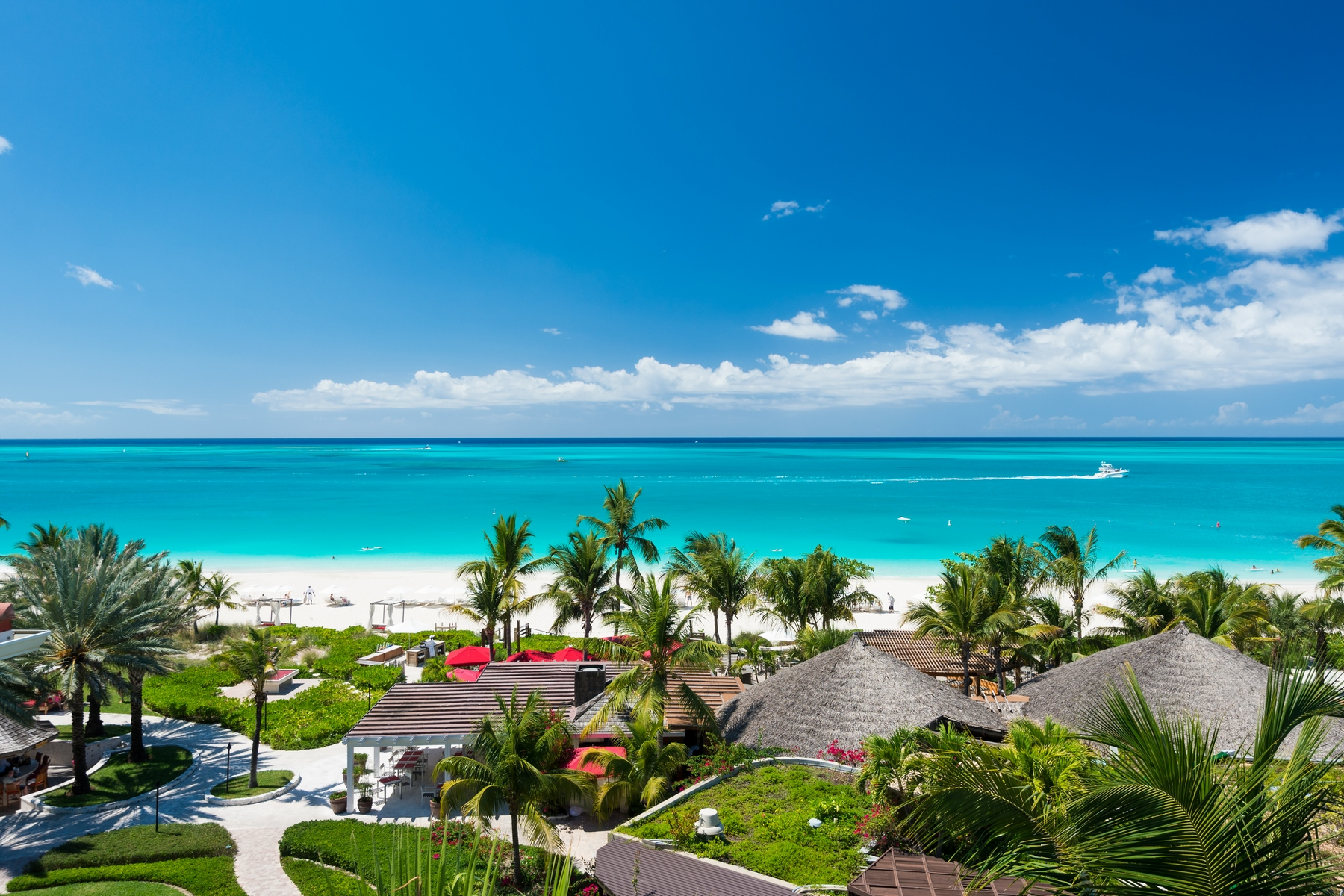 Additional photo for property listing at Grace Bay Club - Suite C500 Grace Bay Resorts, Grace Bay, Providenciales Islas Turcas Y Caicos