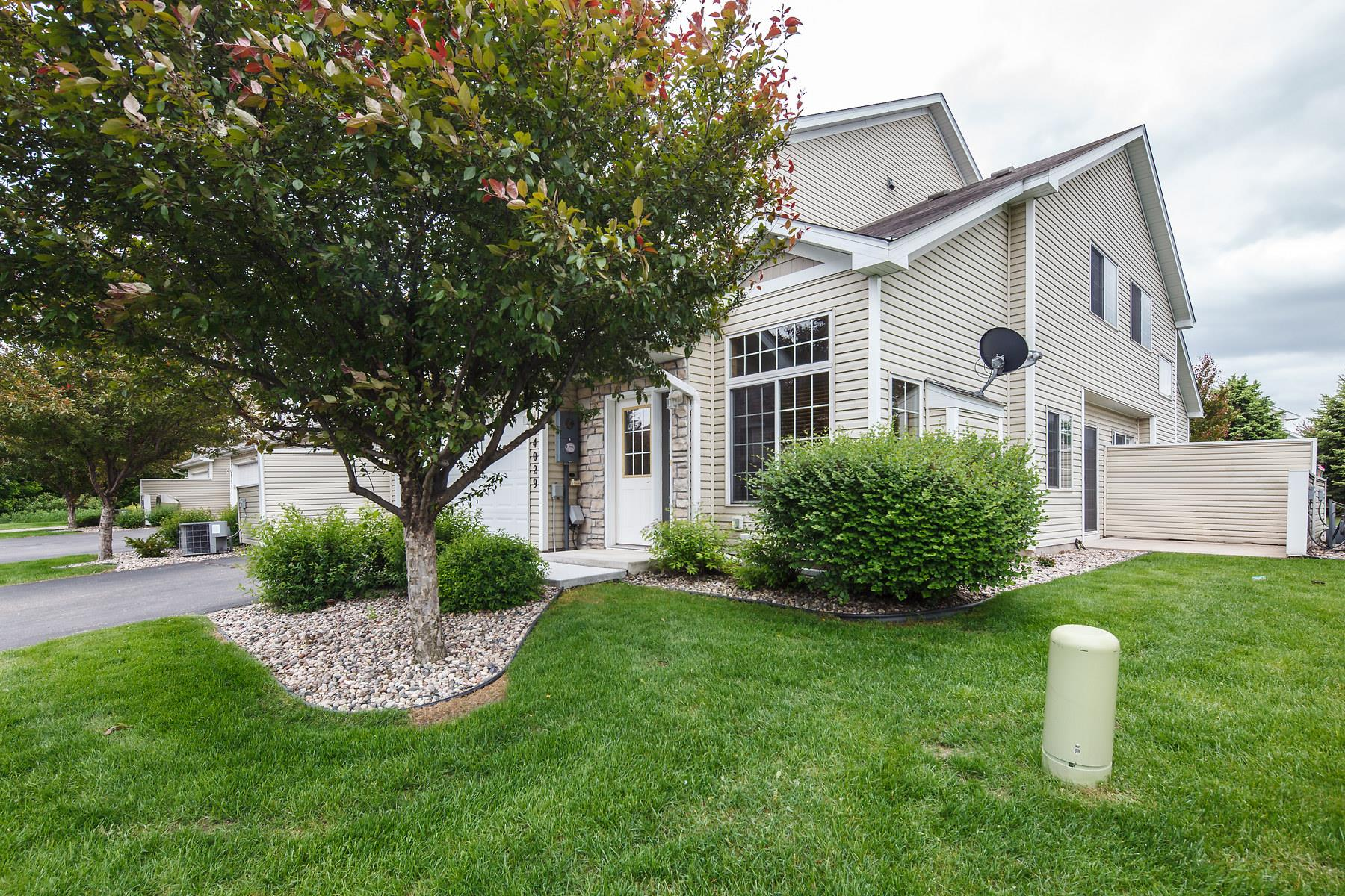 Single Family Home for Sale at 14029 Alabama Avenue S Savage, Minnesota, 55378 United States