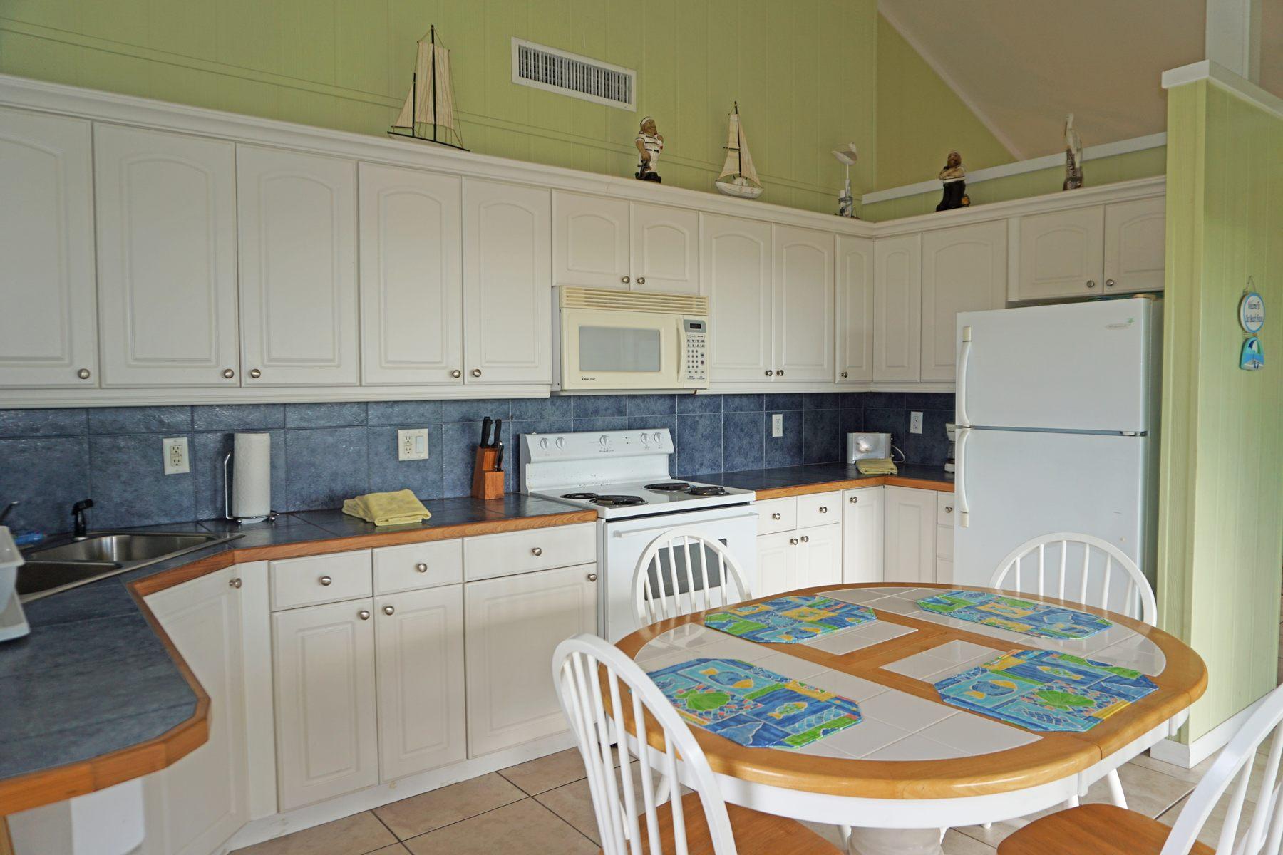 Additional photo for property listing at Lemon Tree House Guana Cay, Abaco Bahamas