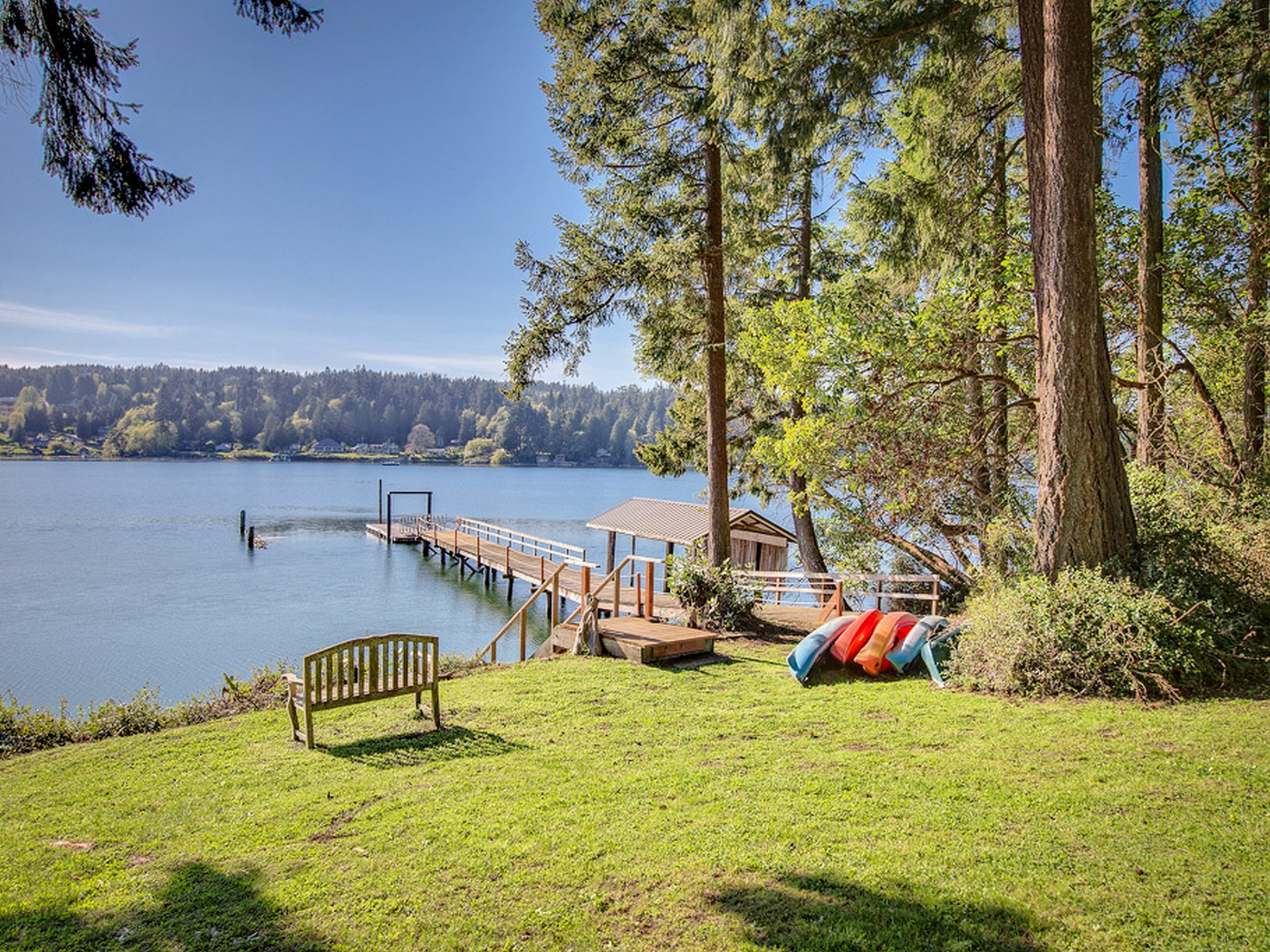 Single Family Home for Sale at Indianola Waterfront 20925 Indianola Rd Poulsbo, Washington 98370 United States