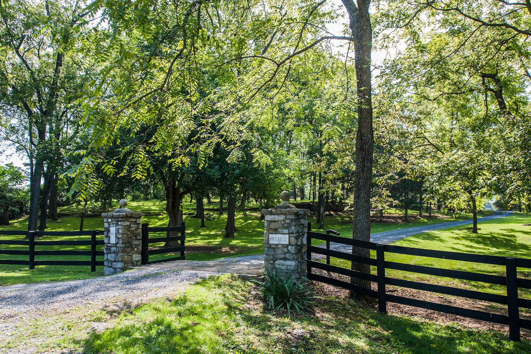 Farm / Ranch / Plantation for Sale at Priskilly 1837 Borden's Spring Road White Post, Virginia 22663 United States