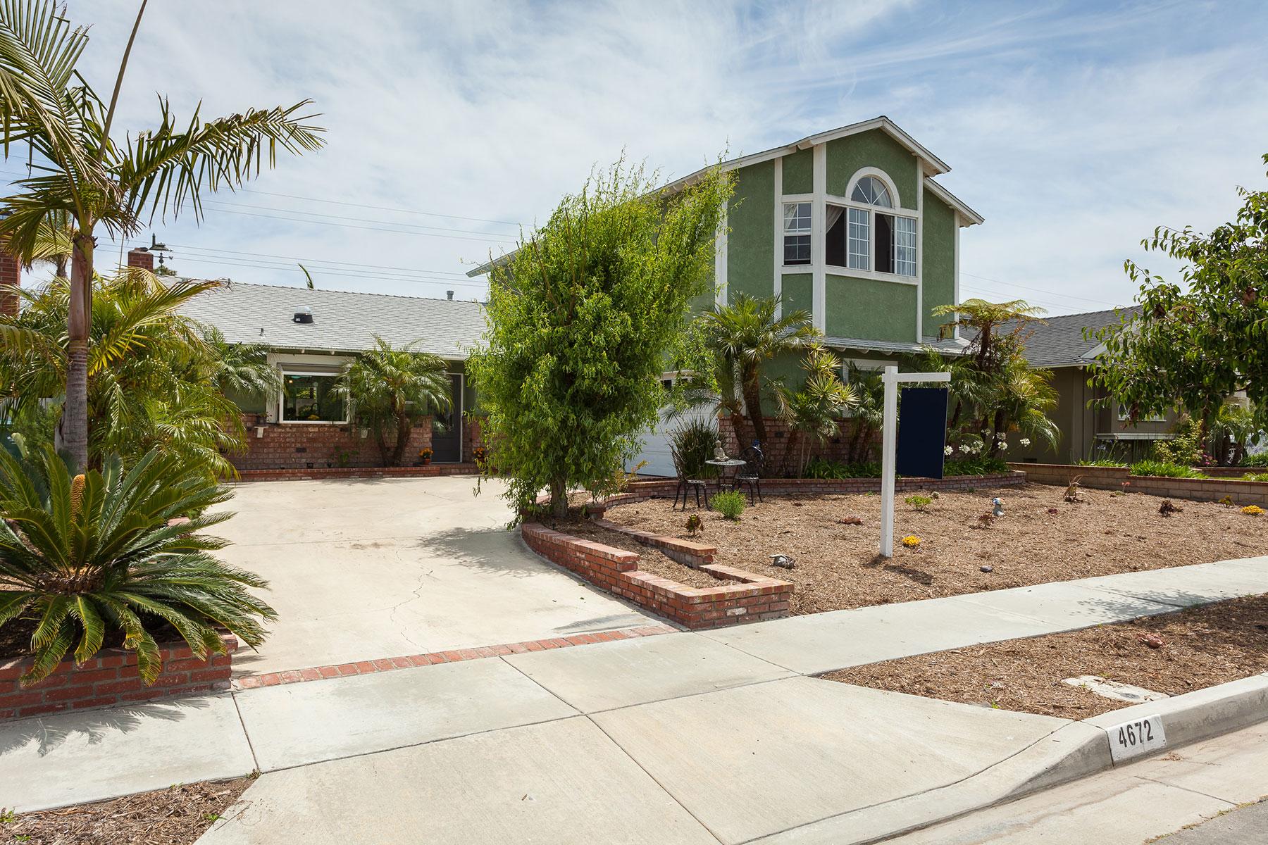 Single Family Home for Sale at 4672 Rhapsody 4672 Rhapsody Dr. Huntington Beach, California, 92649 United States