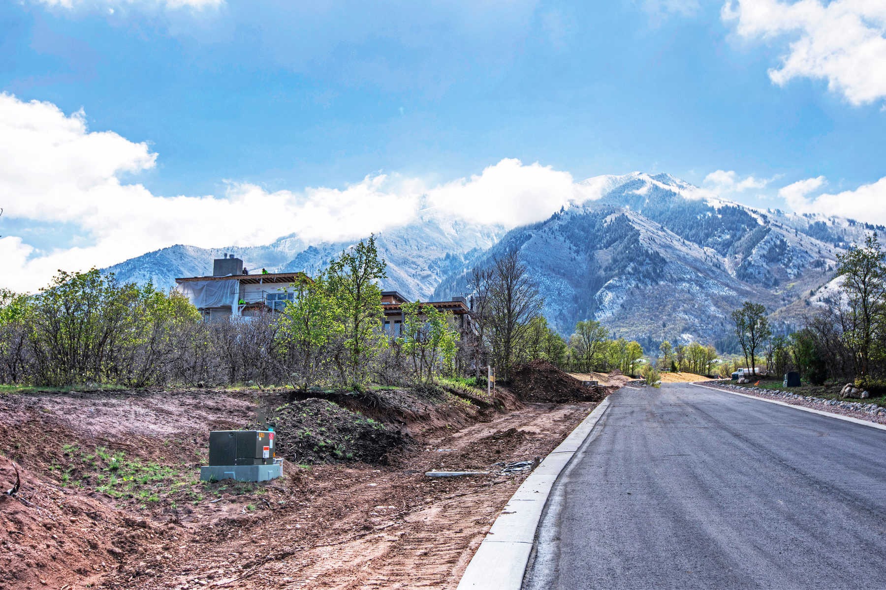 Terreno per Vendita alle ore Prime Lot in Summit Creek 758 S Summit Creek Dr Lot #19 Woodland Hills, Utah 84653 Stati Uniti