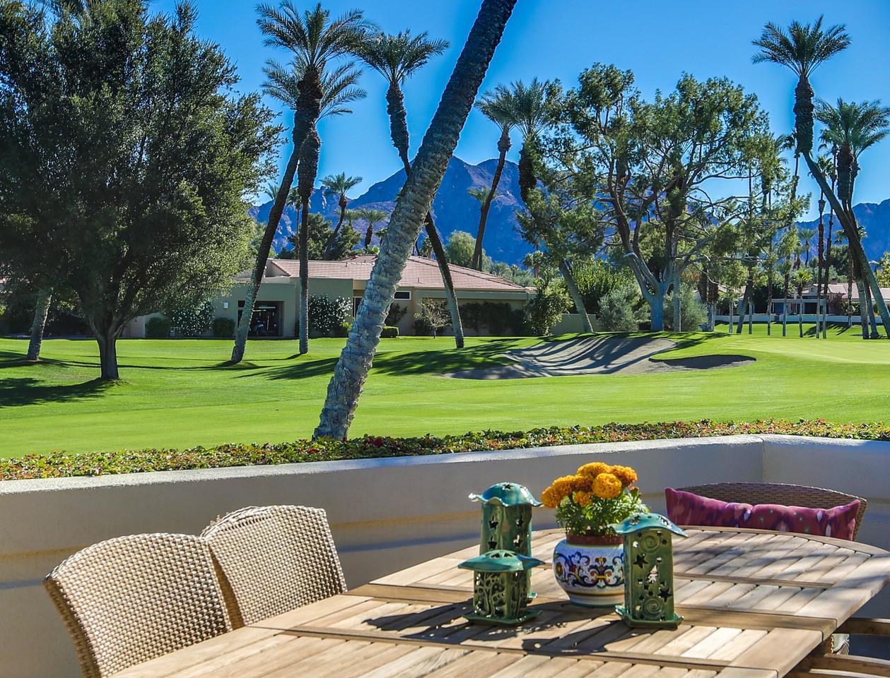 独户住宅 为 销售 在 75097 Spyglass Drive Indian Wells, 加利福尼亚州, 92210 美国