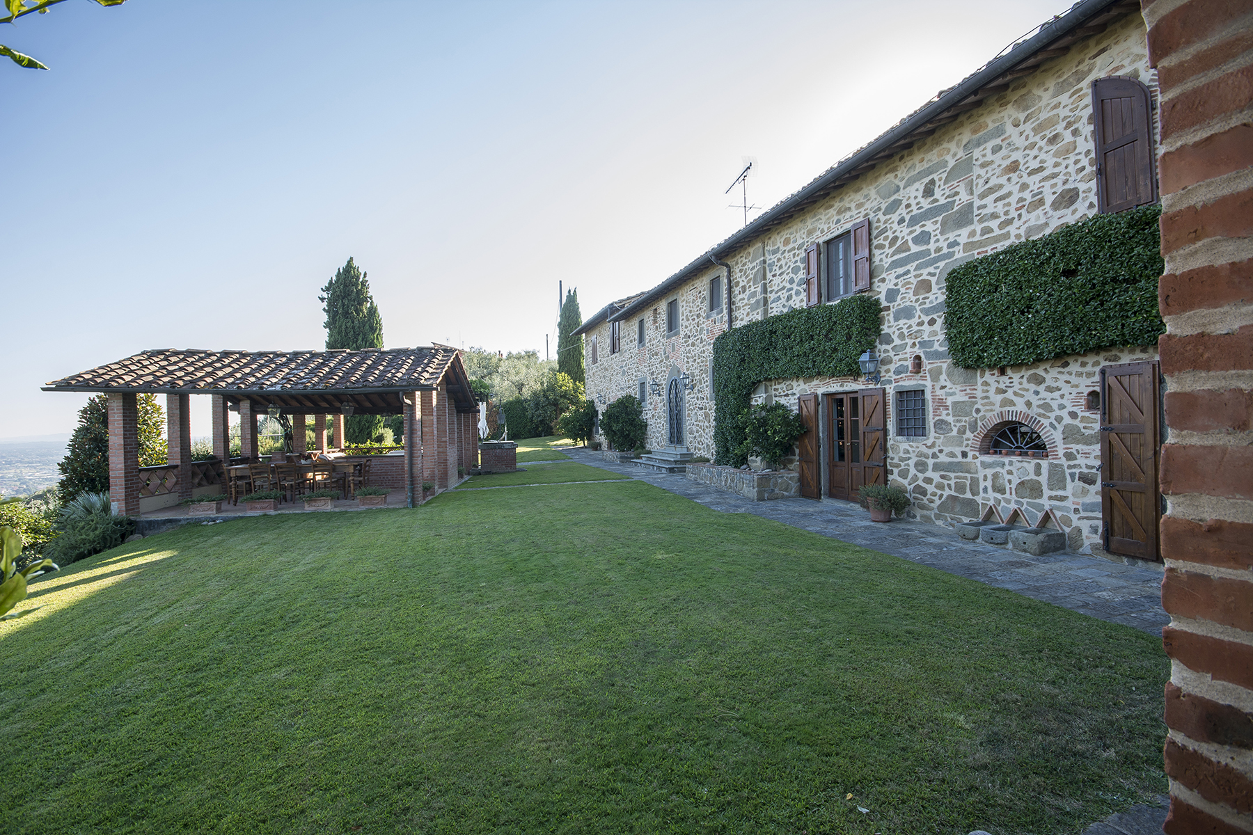 Additional photo for property listing at Lovely farmhouse with views of Montecatini Terme Montecatini Terme, Pistoia Italien