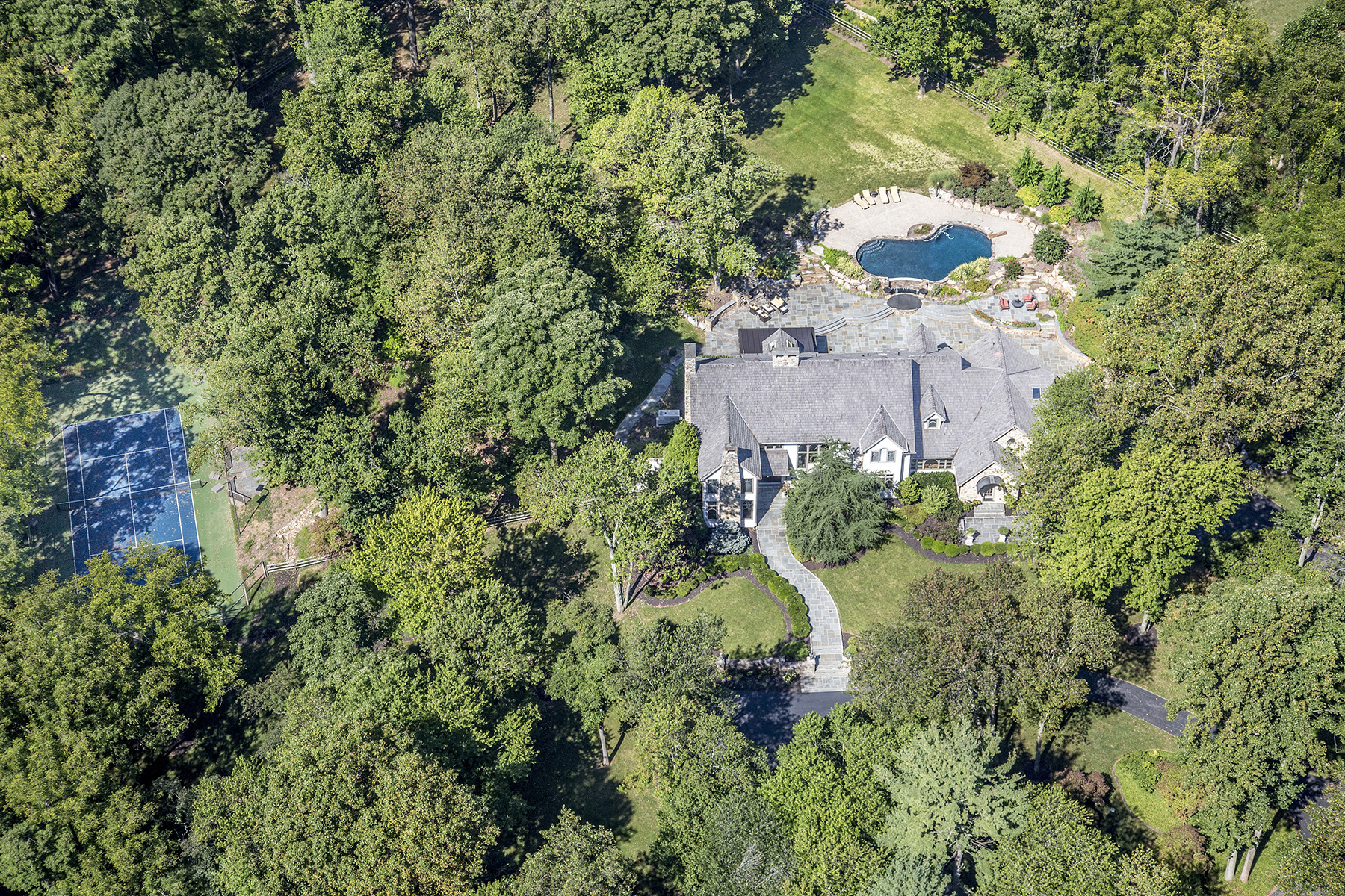 Single Family Home for Sale at Glenmoore Estate 31 Basset Hunt Lane Glenmoore, Pennsylvania 19343 United States