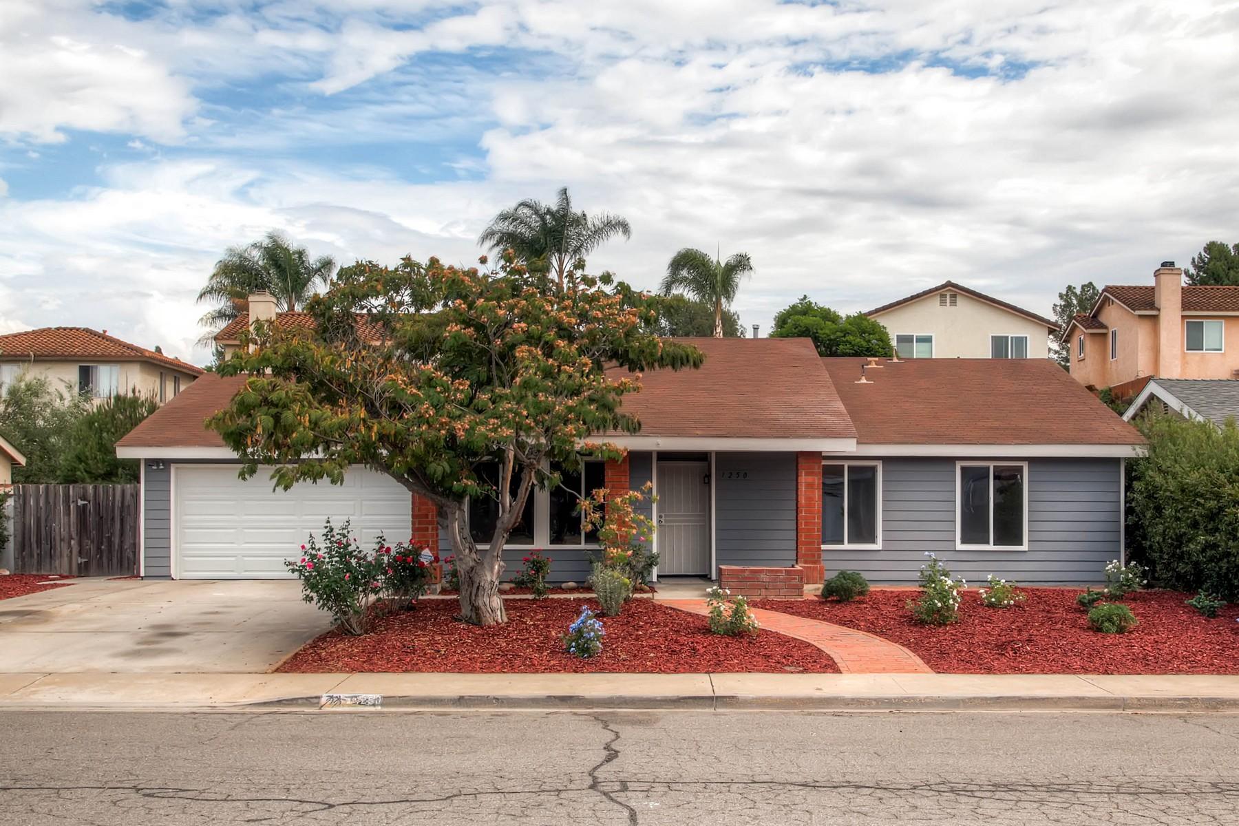 獨棟家庭住宅 為 出售 在 1250 Sybil Court Escondido, 加利福尼亞州 92026 美國