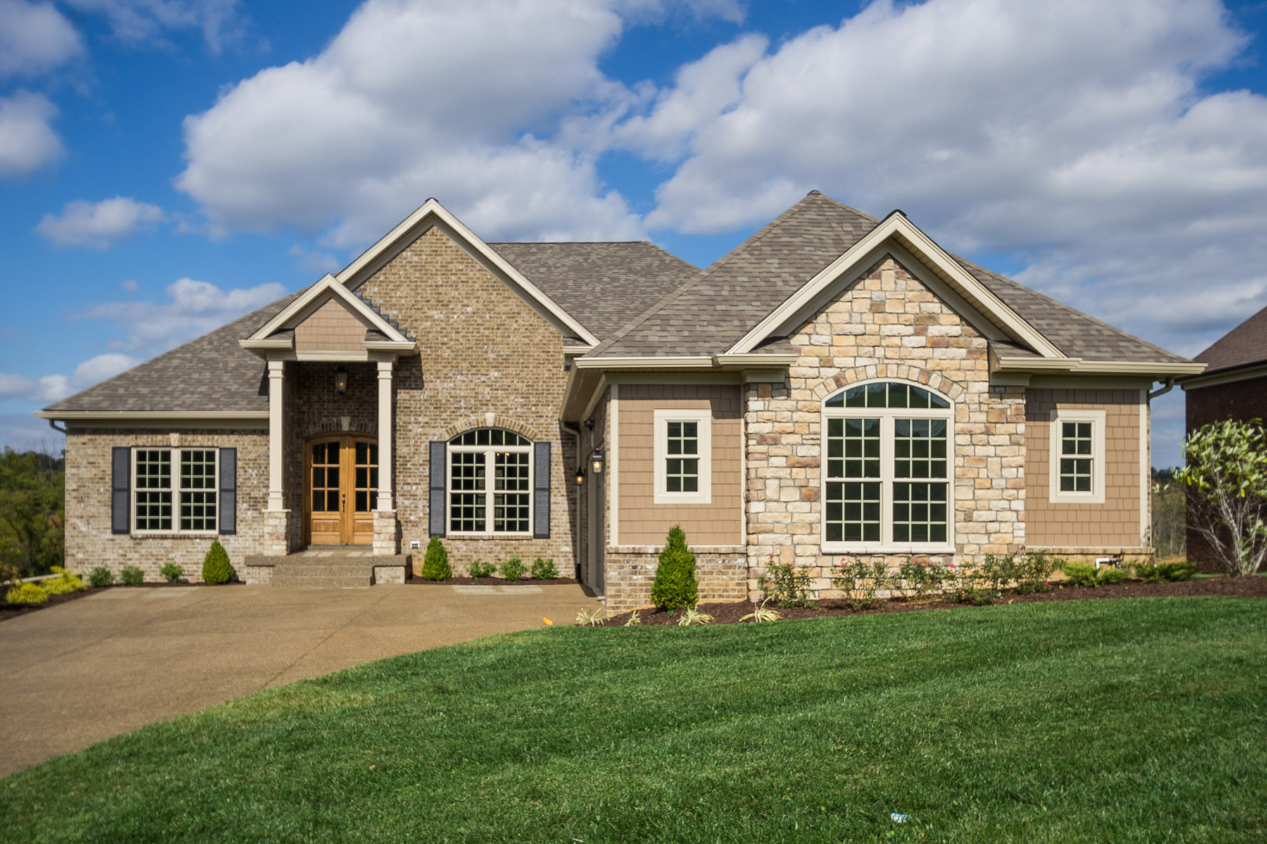 Single Family Home for Sale at 5608 Morningside Drive Crestwood, Kentucky 40014 United States