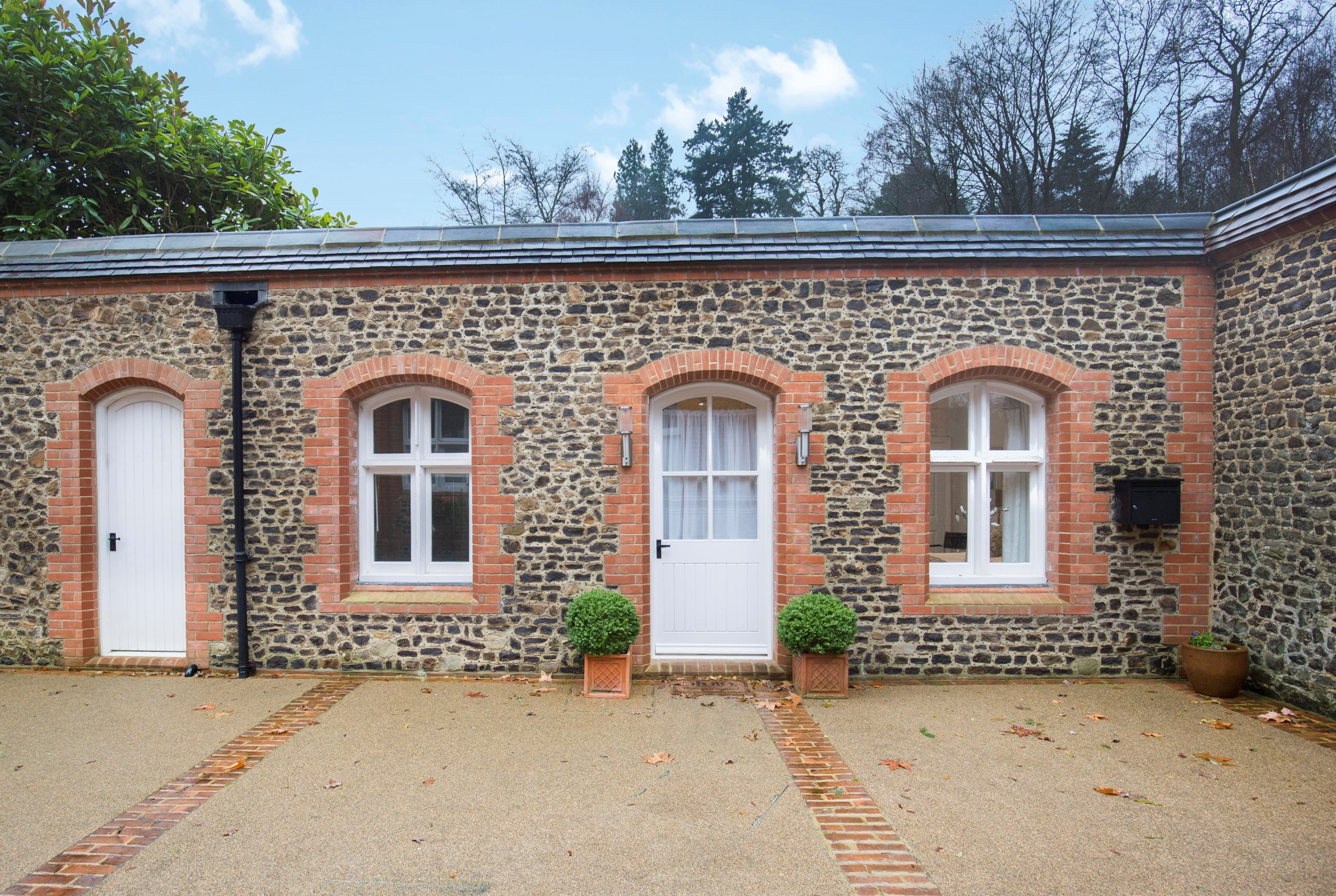 단독 가정 주택 용 매매 에 Albury Park Mews Albury, 영국, GU59BB 영국