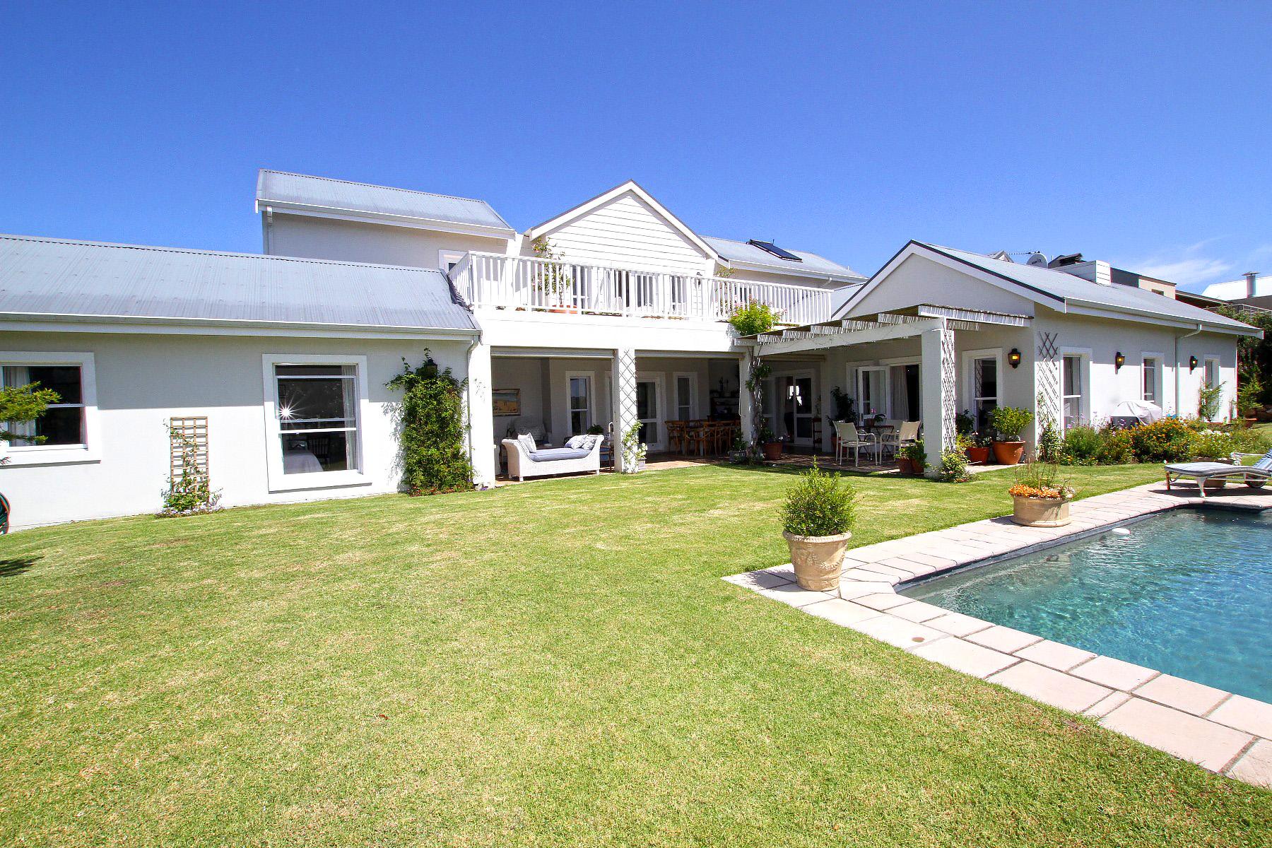 Moradia para Venda às Brackenridge Delight Plettenberg Bay, Western Cape, 6600 África Do Sul
