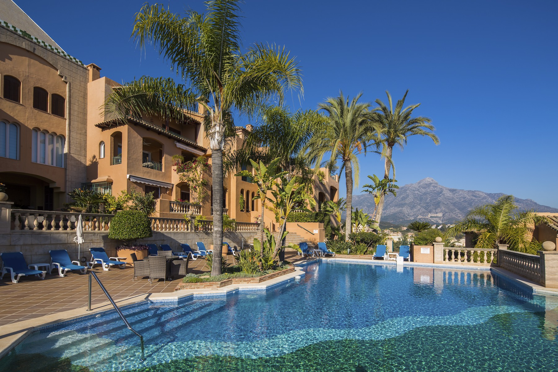 デュプレックス のために 売買 アット Spectacular south-facing duplex penthouse Los Belvederes Marbella, Costa Del Sol, 29660 スペイン