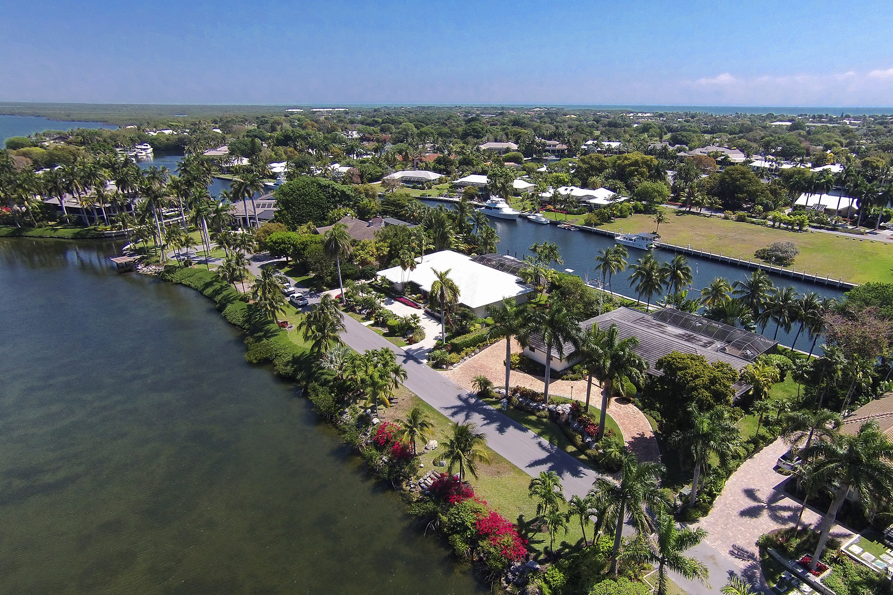 Single Family Home for Sale at Fabulous Waterfront Location at Ocean Reef 32 East Snapper Point Drive Ocean Reef Community, Key Largo, Florida, 33037 United States