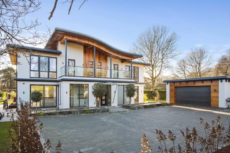 獨棟家庭住宅 為 出售 在 Gleneagles Sandy Lane, Kingswood, Surrey Kingswood, 英格蘭, KT20 6NQ 英國
