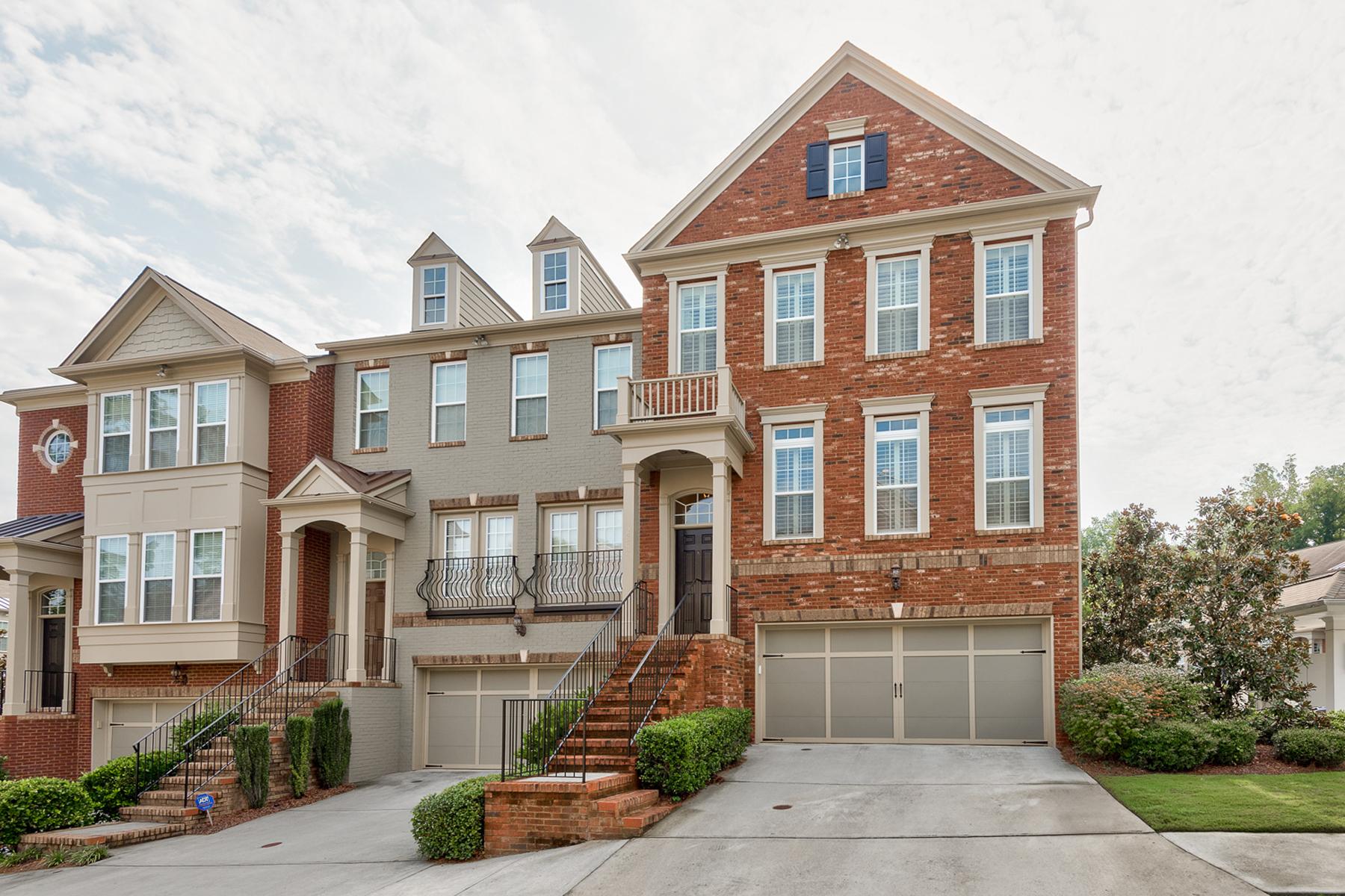 타운하우스 용 매매 에 Fabulous Townhome In Wonderful Gated Community Off Lenox Road 2847 Overlook Court Atlanta, 조지아 30324 미국