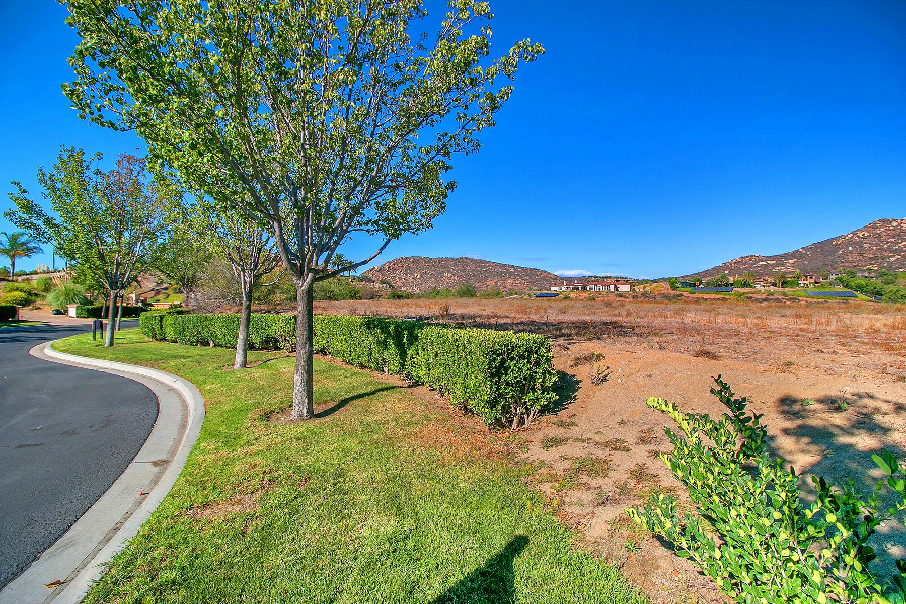Terreno per Vendita alle ore The Heritage 14165 Bryce Point #60 Poway, California 92064 Stati Uniti