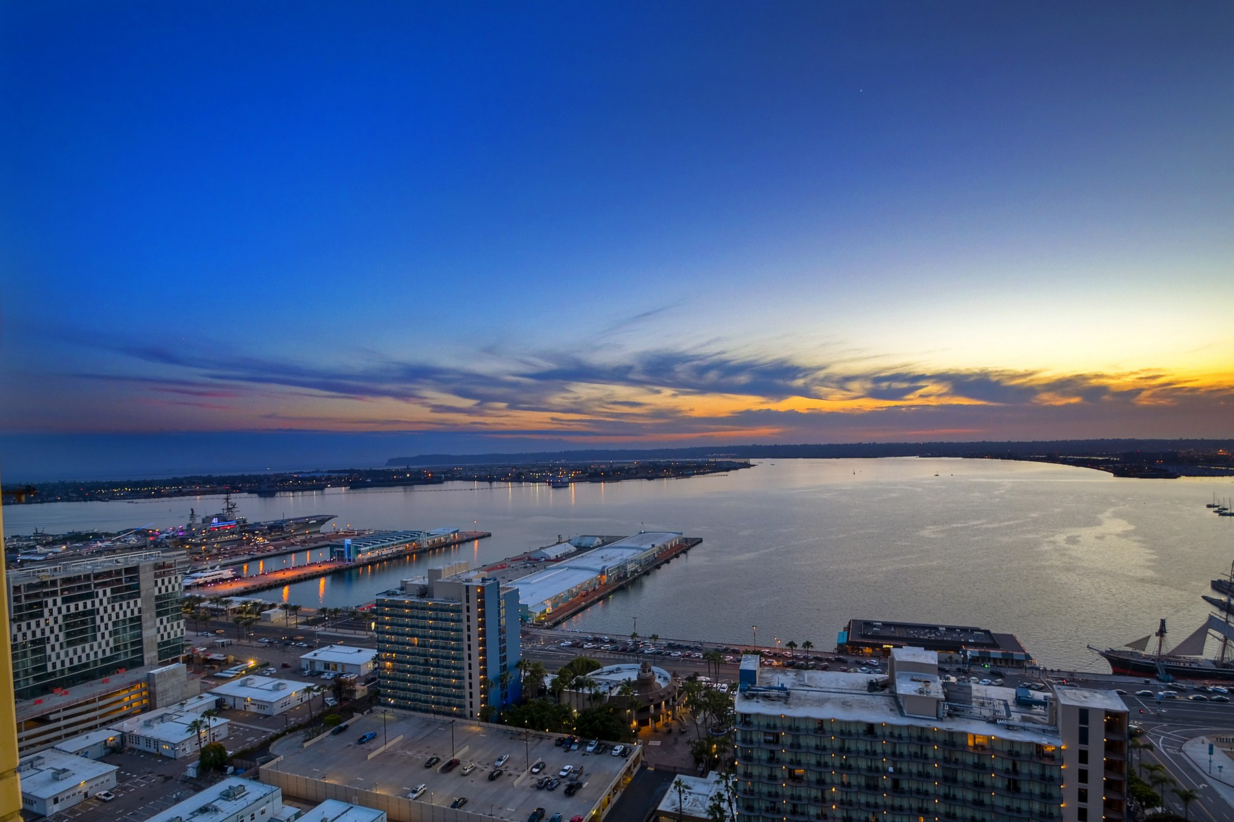 Condominium for Sale at Bayside 1325 Pacific Highway 2807 San Diego, California 92101 United States