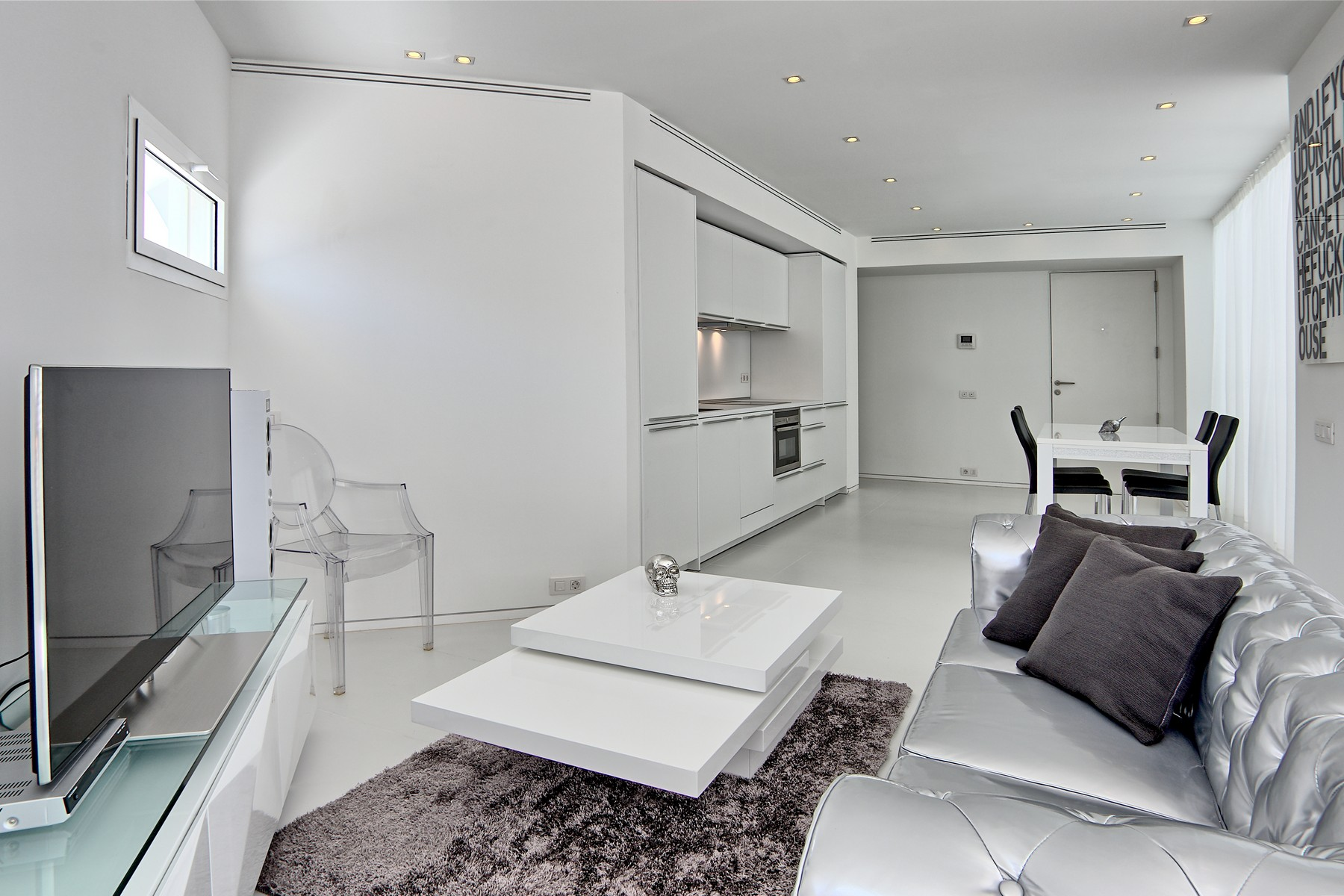 Apartment for Sale at Modern spacious 1 bed apartment in Marina Botafoch Ibiza, Ibiza, 07800 Spain