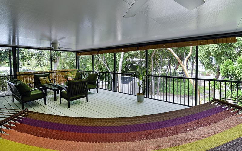 Villa per Vendita alle ore Lovingly Refurbished Home 135 S Rolling Hill Road Plantation Key, Florida 33070 Stati Uniti
