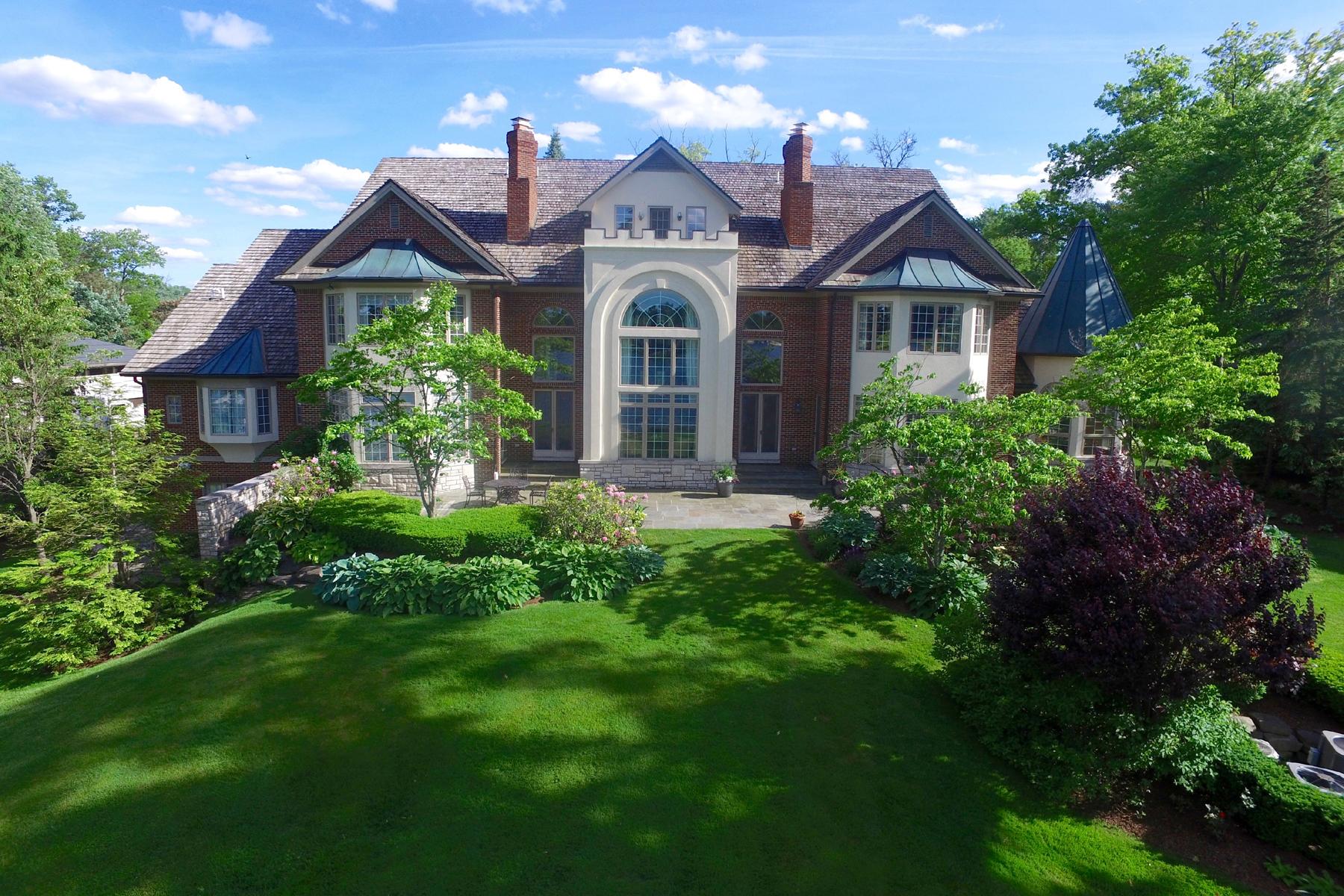 獨棟家庭住宅 為 出售 在 Orchard Lake Orchard Lake, 密歇根州, 48324 美國