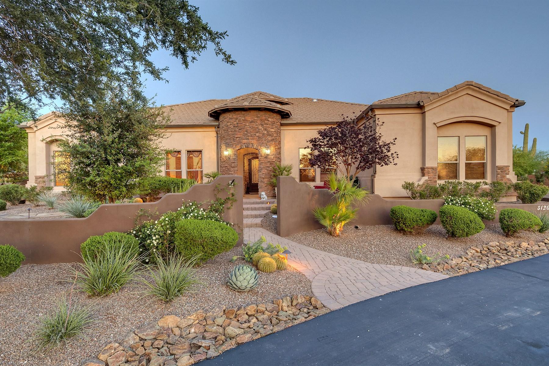 独户住宅 为 销售 在 Picturesque Tuscan Style Home. 31207 N 48TH ST Cave Creek, 亚利桑那州 85331 美国