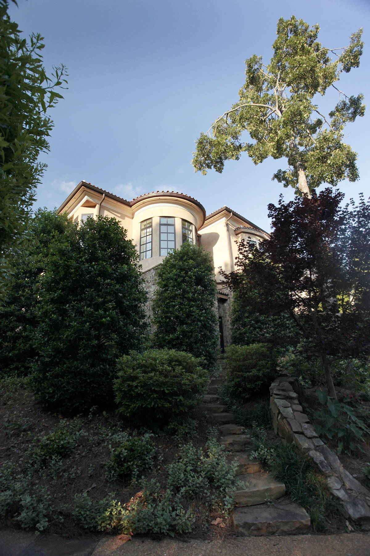 Additional photo for property listing at Lakefront Opulence 1270 Club Cove Drive Greensboro, Georgia 30642 United States