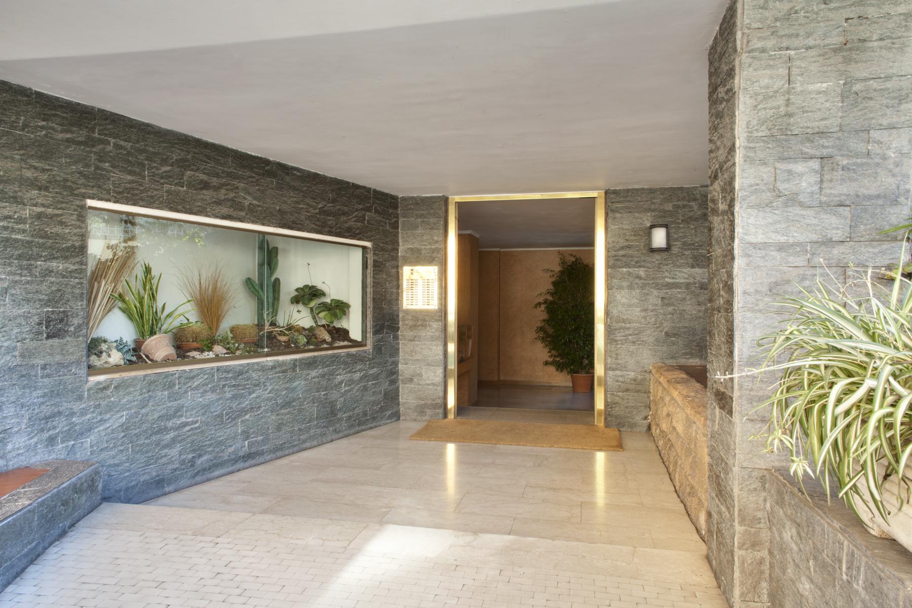 Appartamento per Vendita alle ore Appartamento in contesto elegante nei pressi di Corso Trieste Via Corsica Rome, Roma 00195 Italia