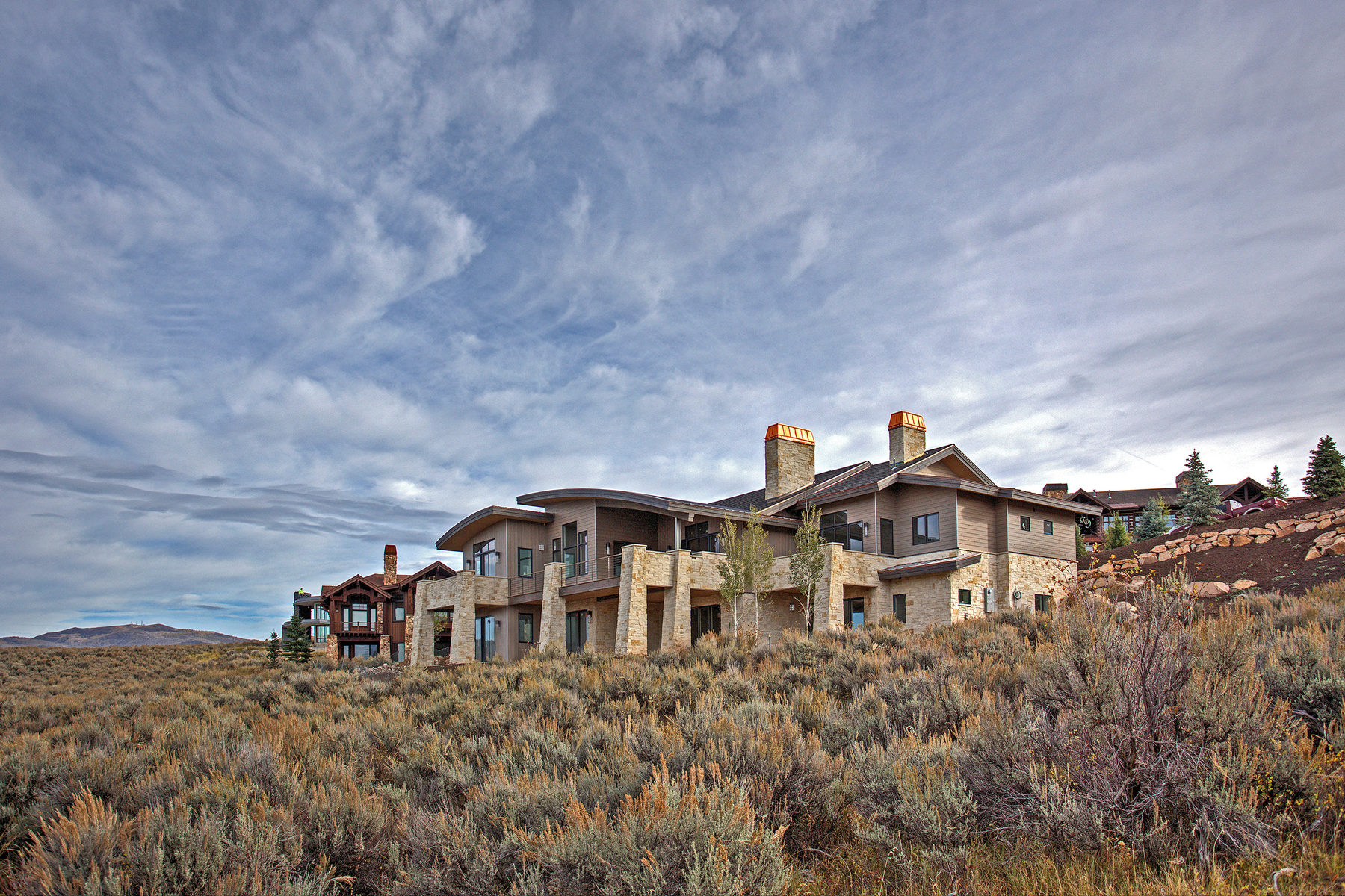 Maison unifamiliale pour l Vente à Mountain Modern - New Construction 7811 N West Hills Trl Park City, Utah 84098 États-Unis