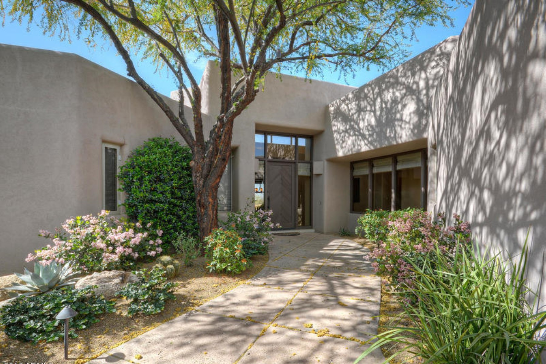 rentals property at Fabulous cozy and comfortable Cochise Ridge home